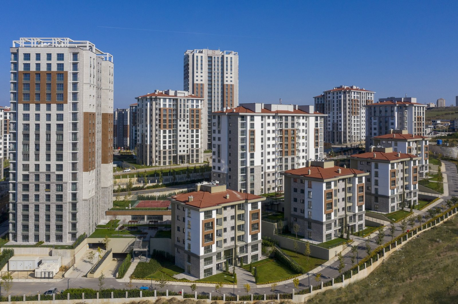 A housing project in Gebze district of northwestern Kocaeli province, Turkey, June 5, 2020. (Sabah File Photo)