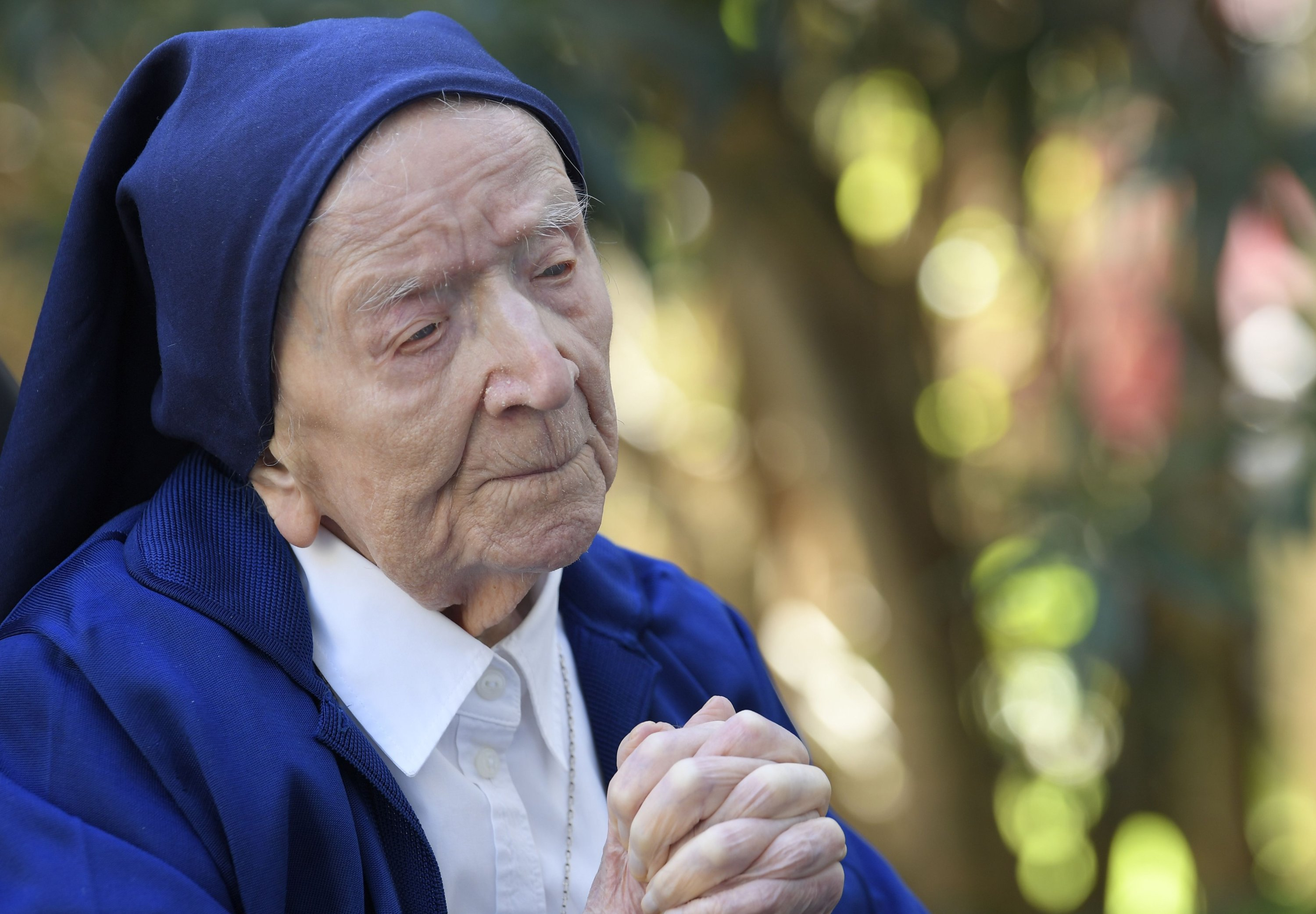 Sister Andre prays in a wheelchair on the eve of her 117th birthday in an EHPAD (Housing Establishment for Dependent Elderly People) in Toulon, southern France. (AFP Photo)
