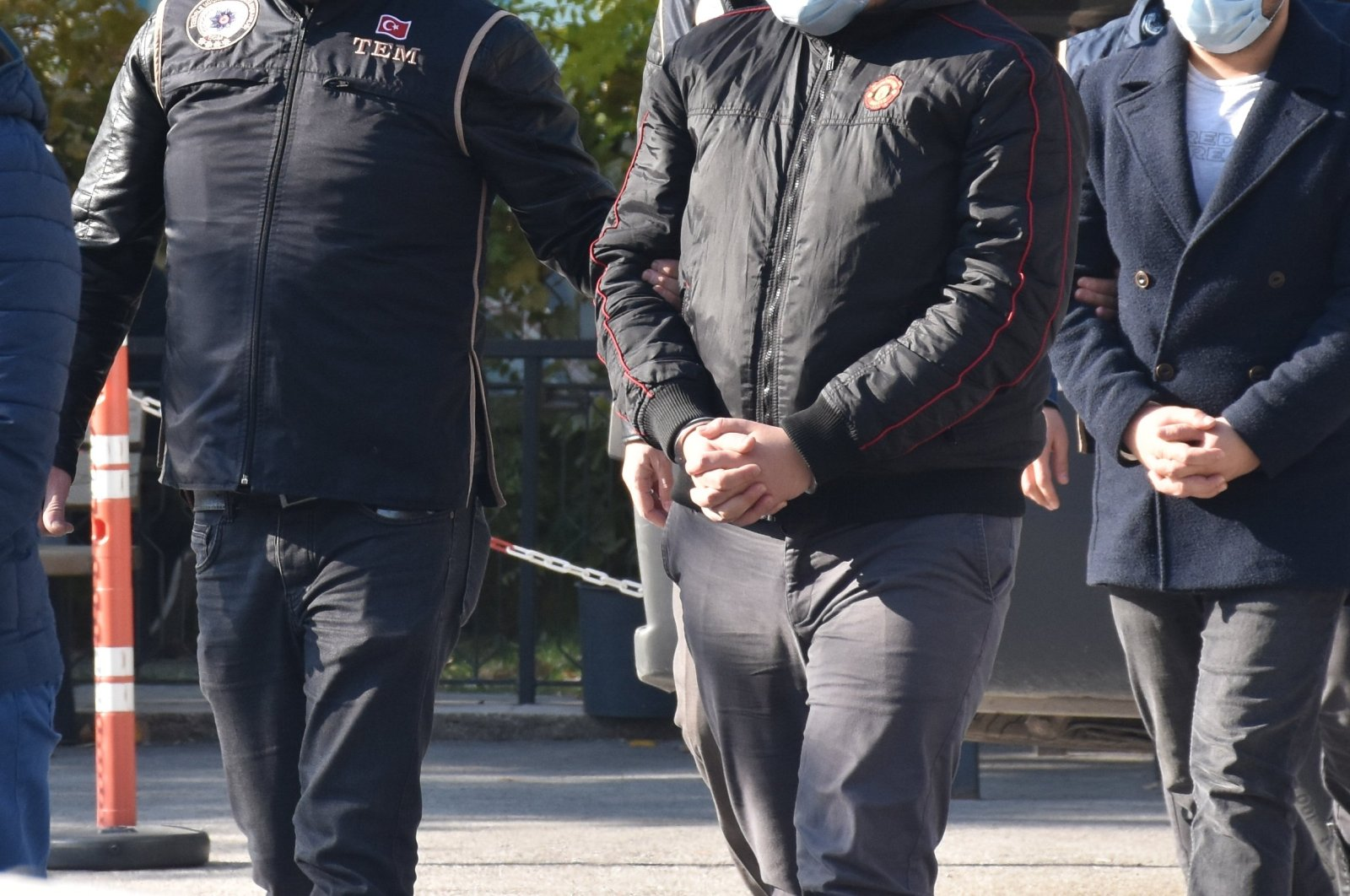 Gülenist suspects are transferred to the police headquarters on Nov. 17, 2020 (AA File Photo)