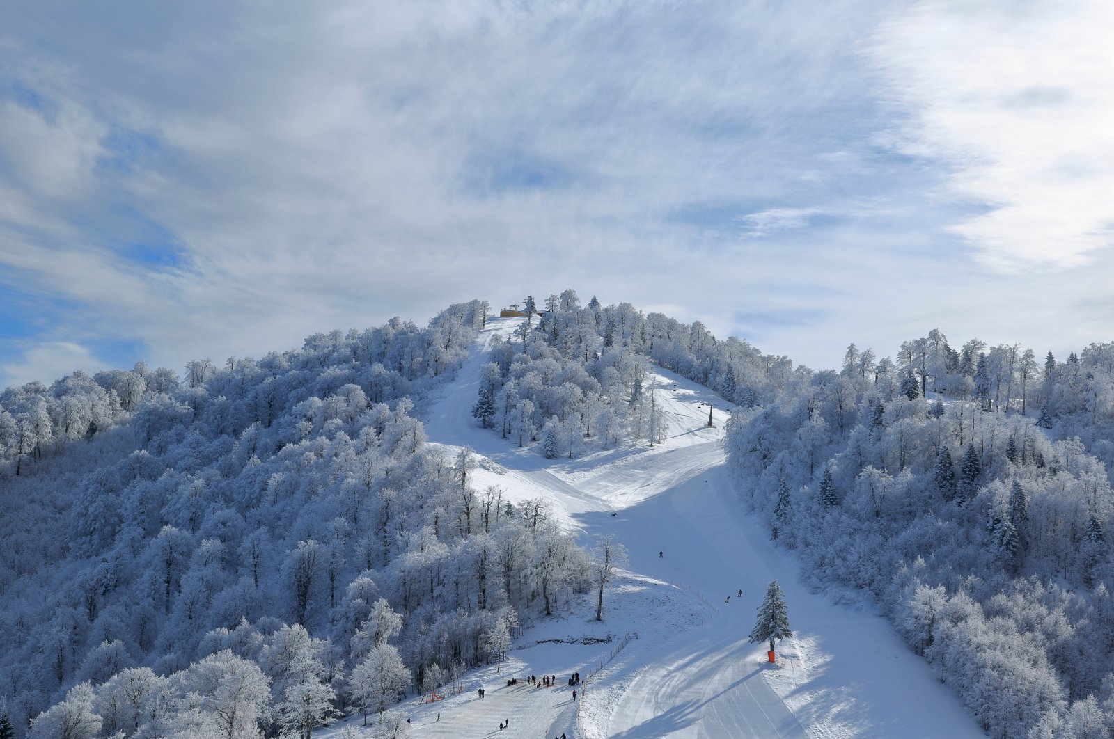 A general view of Kartepe ski center in Kocaeli province, northwestern Turkey. (Shutterstock Photo)