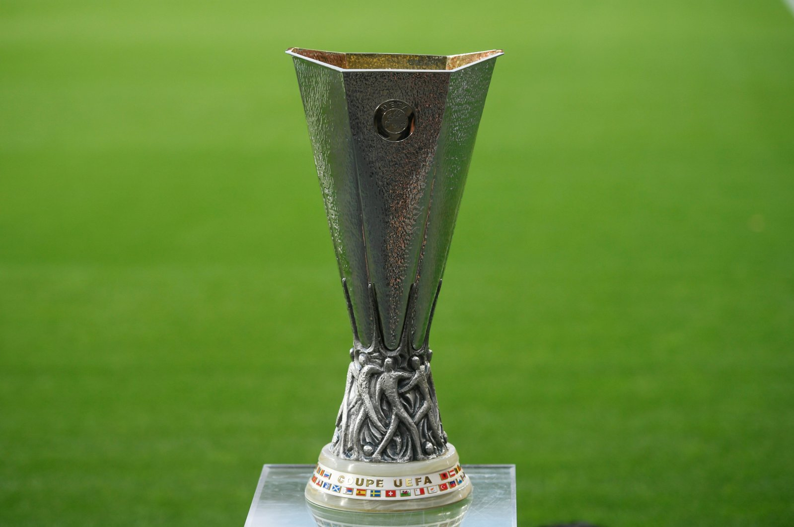 The Europa League trophy before last year's final between Sevilla and Inter Milan, Cologne, Germany, Aug. 21, 2020. (Reuters Photo)
