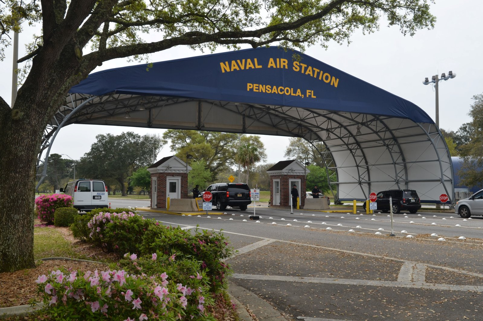 The main gate at Naval Air Station Pensacola is seen on Navy Boulevard in Pensacola, Florida, U.S. March 16, 2016. (Reuters Photo)
