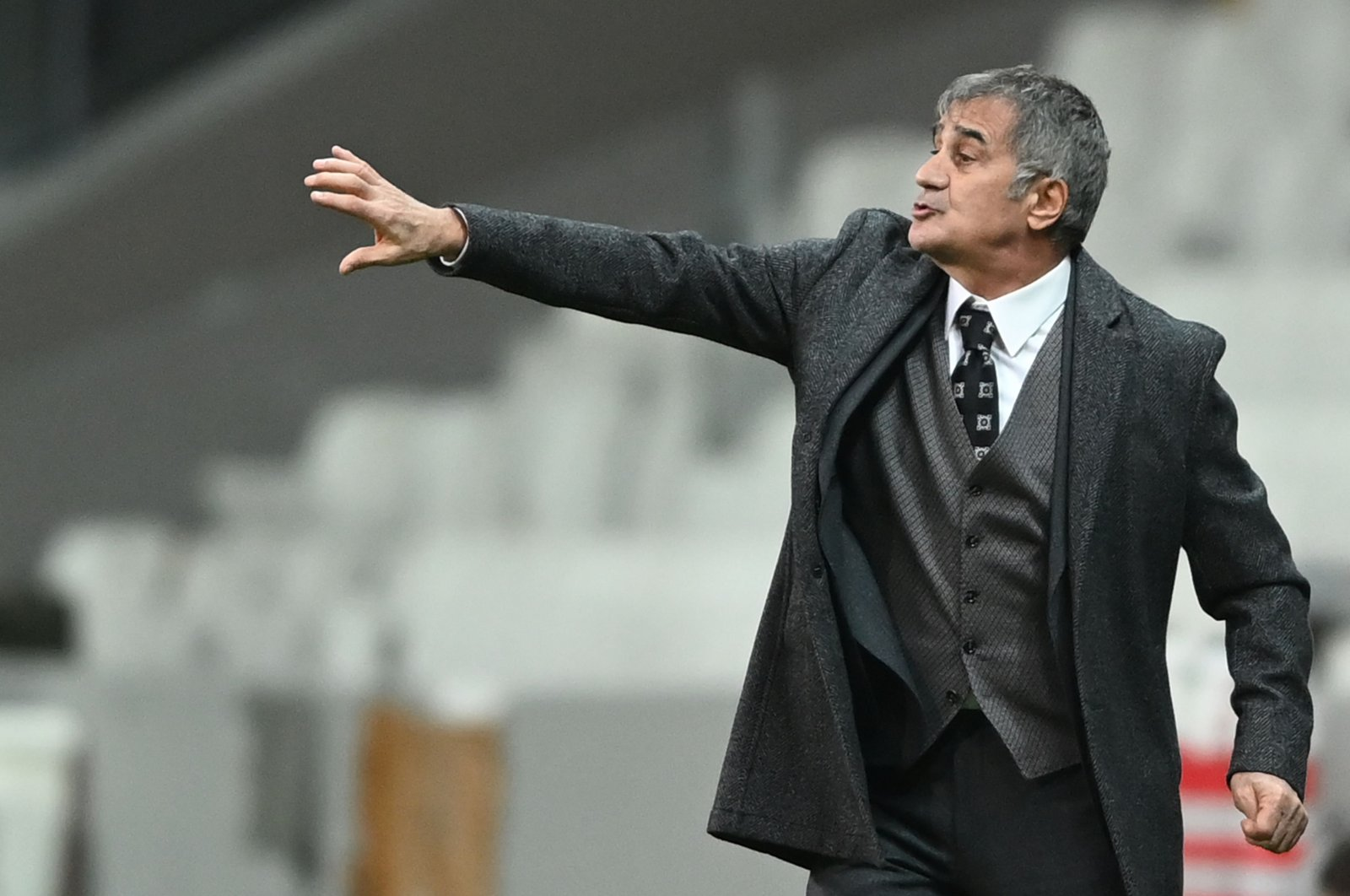 Turkey's coach Şenol Güneş gestures on the sideline during the friendly football match between Turkey and Croatia at the Vodafone Park, Istanbul, Turkey, Nov. 11, 2020. (AFP Photo)