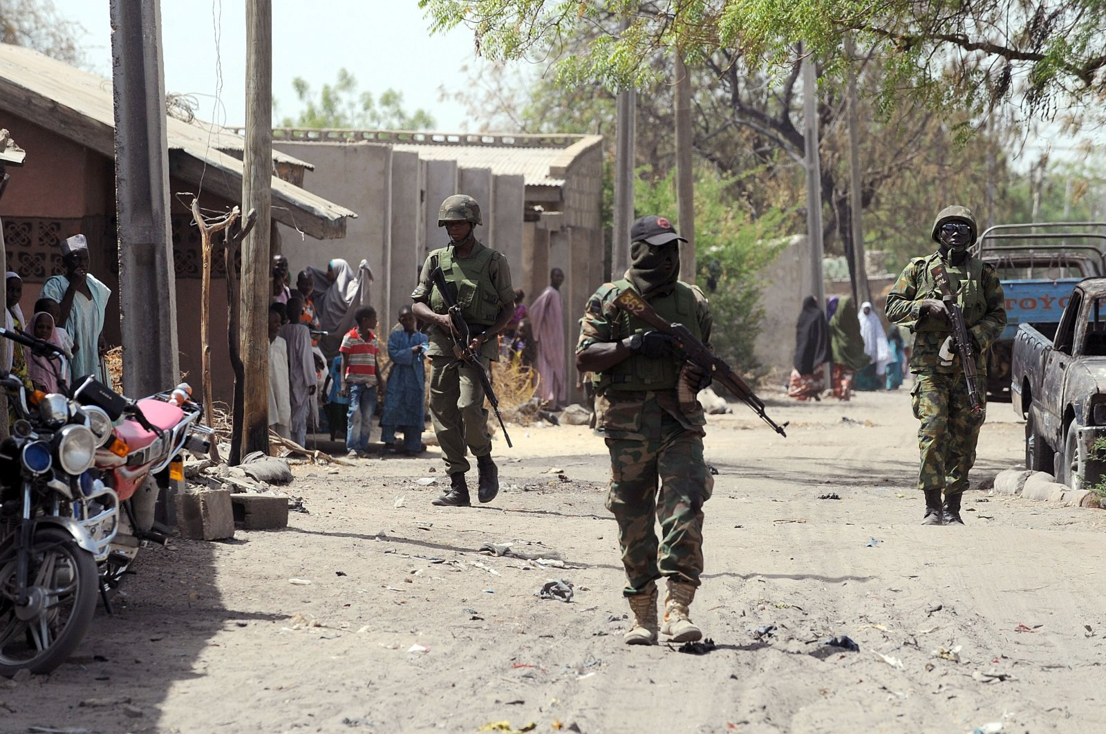 Nigerian troops patrolling in the streets of the remote northeast town of Baga, Borno State, Nigeria, March 31, 2014. (AFP Photo)