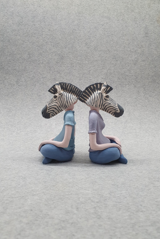"Bora Çetin, ""Animal Head Figurines,"" ceramic sculpture, 15 by 10 by 7 centimeters. (Courtesy of Yunus Emre Institution)"