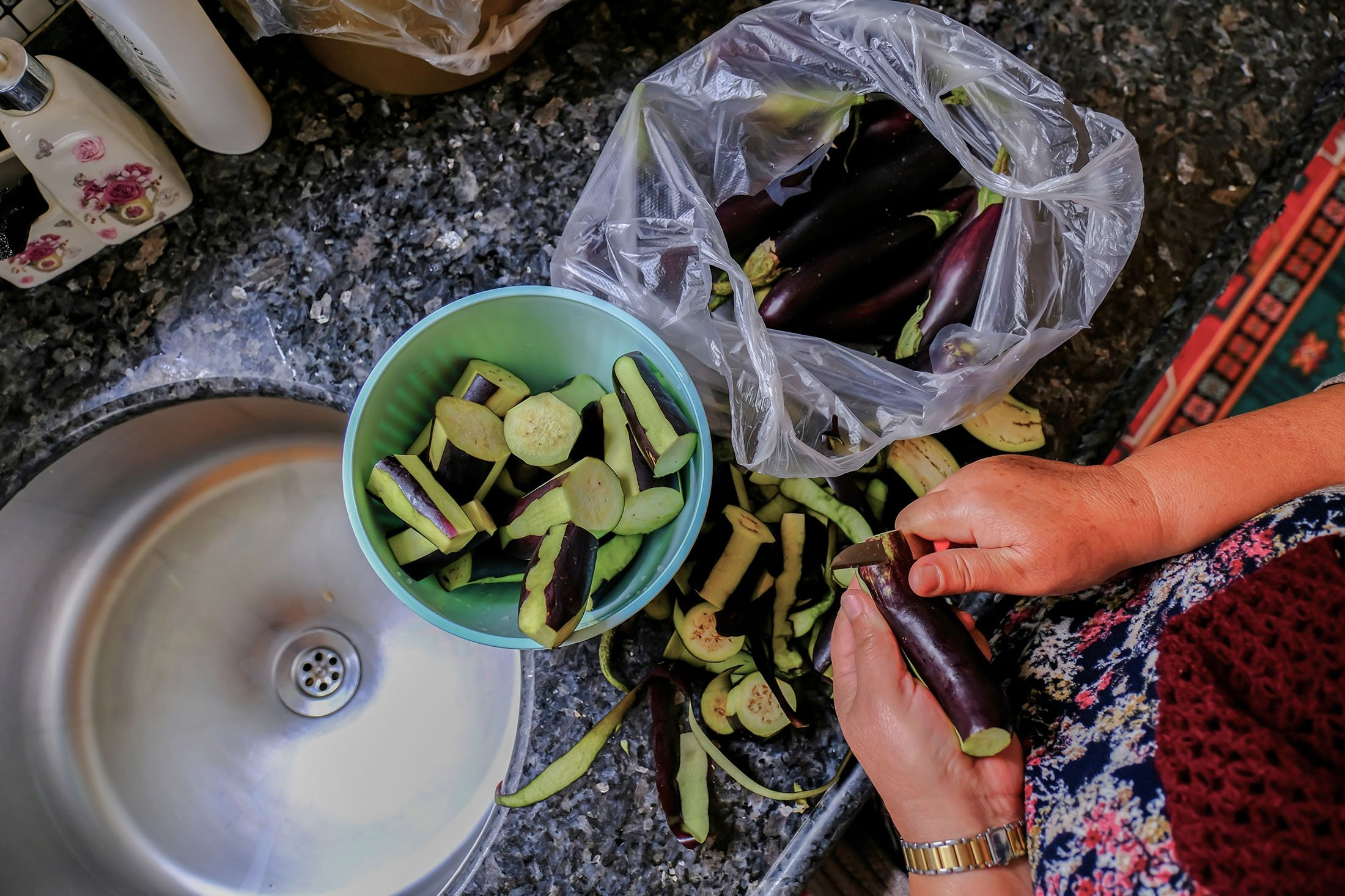 This is what your eggplants should look like when the recipe calls for alacalı soymak. (Shutterstock Photo)