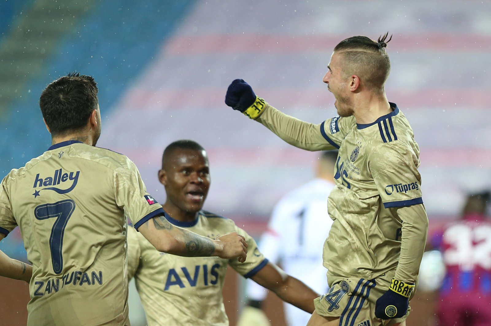 Greek international Fenerbahçe footballer Dimitris Pelkas celebrates after scoring the winning goal against Trabzonspor in the 76th minute, Trabzon, Turkey, Feb. 28, 2021. (AA Photo)