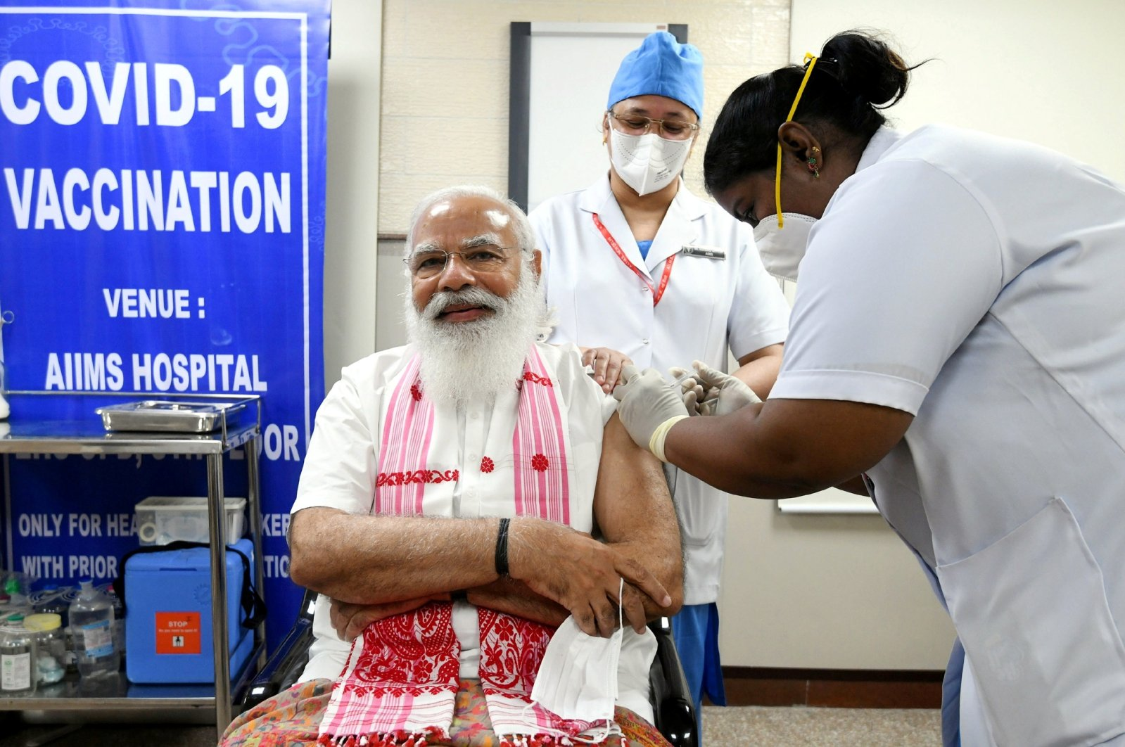 India's Prime Minister Narendra Modi receives a dose of COVAXIN, a coronavirus vaccine developed by India's Bharat Biotech and the state-run Indian Council of Medical Research, at All India Institute of Medical Sciences (AIIMS) hospital in New Delhi, India, March 1, 2021. (Reuters Photo)