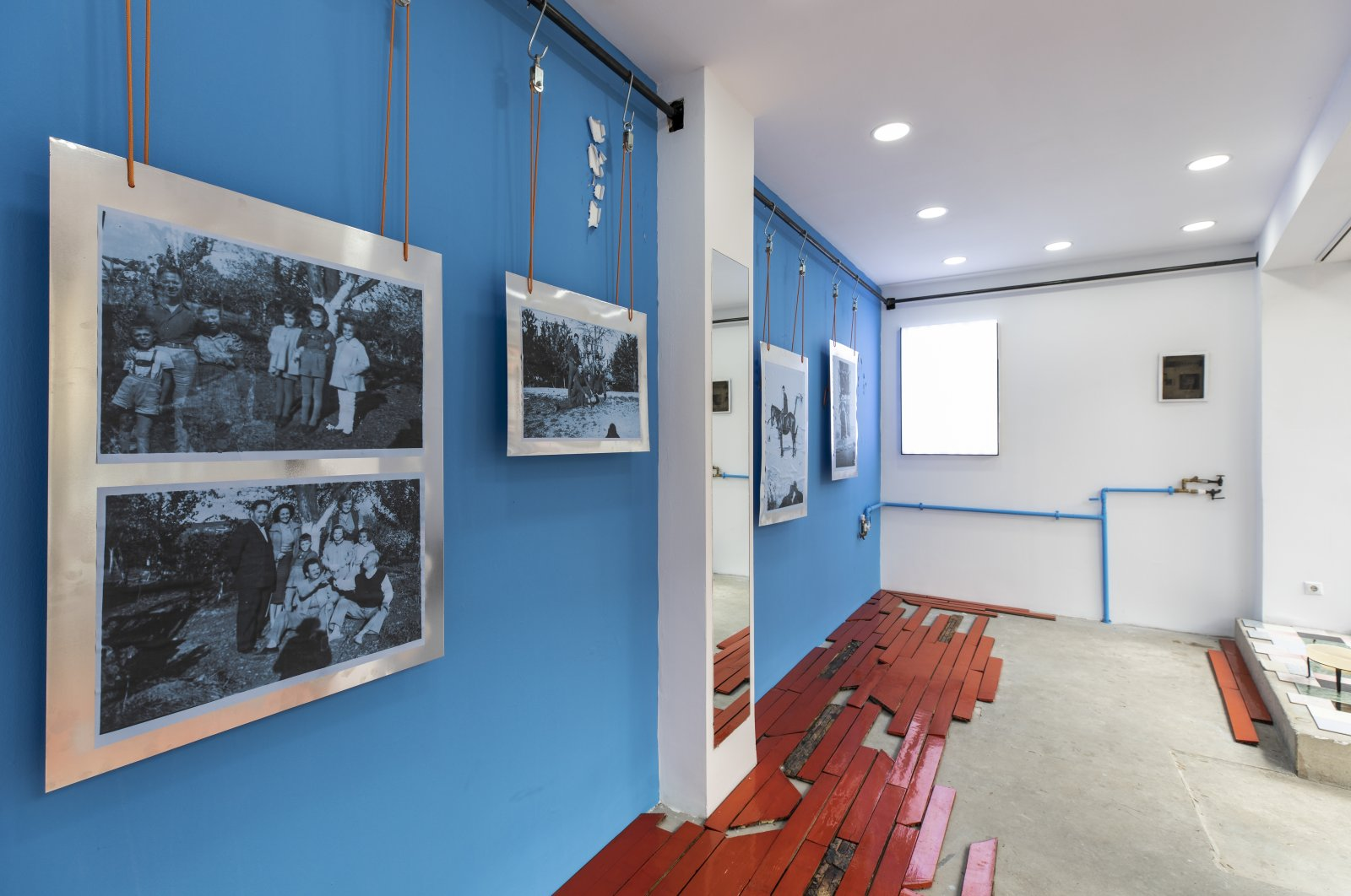 """An exhibition view from """"Blue Kısmet."""" (Courtesy of Viable Istanbul)"""