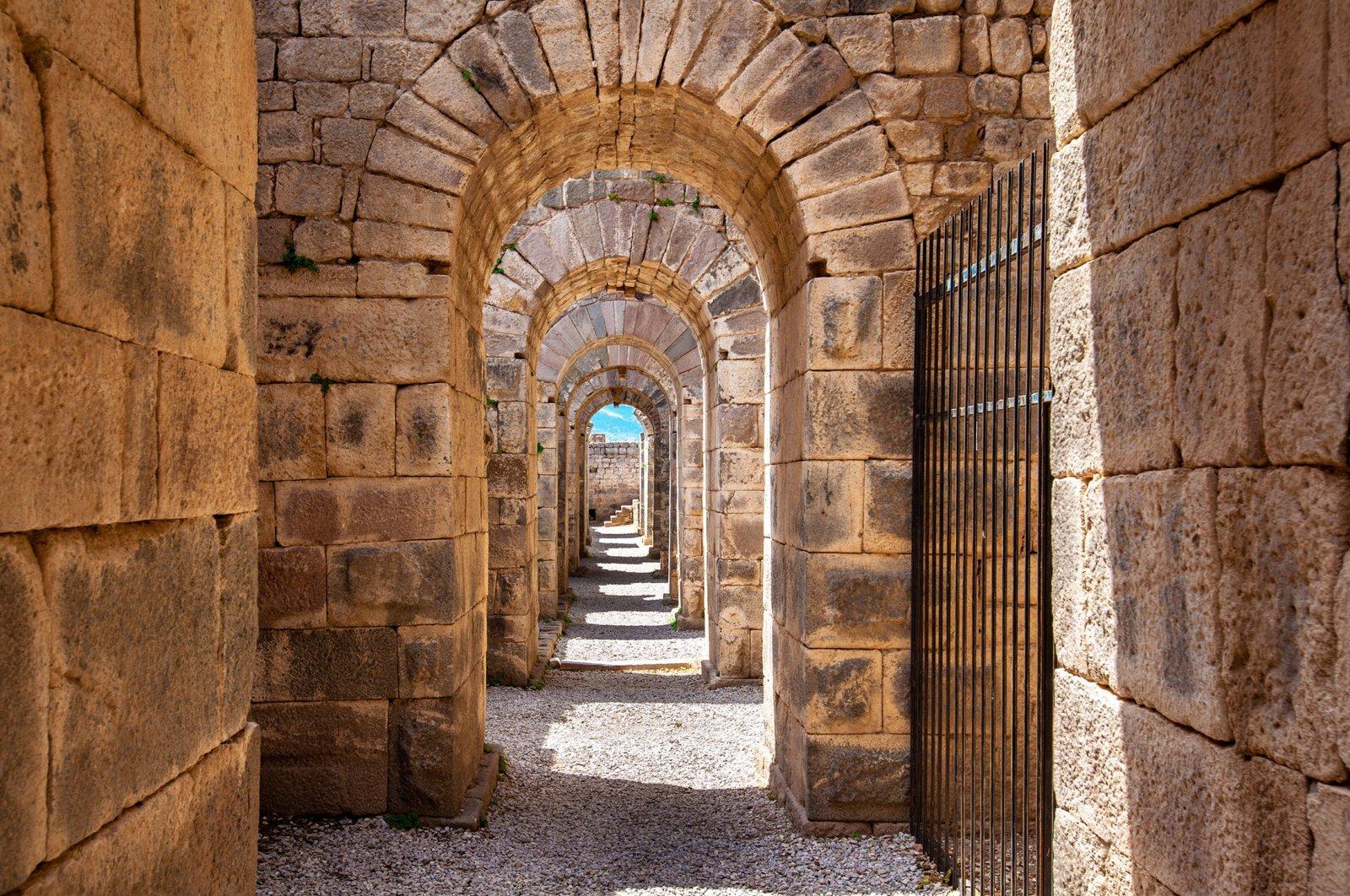 An ancient archway at UNESCO world heritage site Pergamon in Izmir, western Turkey.  (Shutterstock Photo)