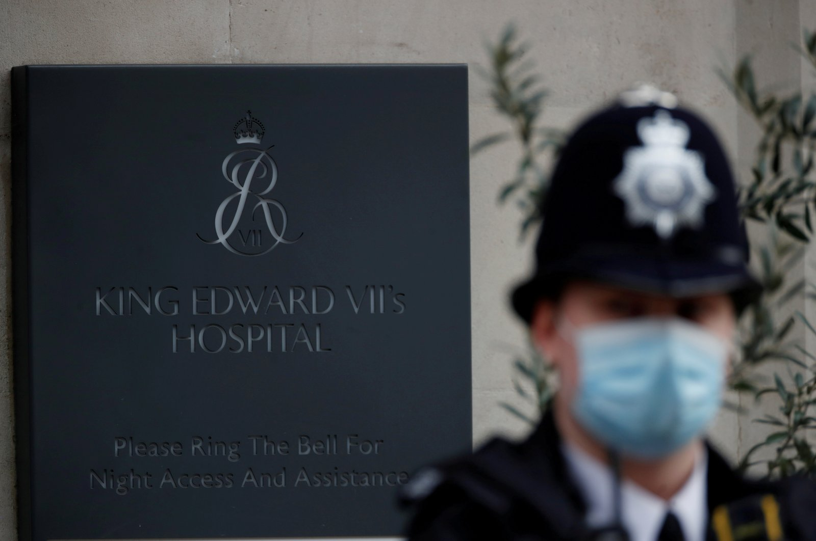 A police officer stands outside King Edward VII's Hospital, where Britain's Prince Philip was admitted, in London, U.K., March 5, 2021. (Reuters Photo)