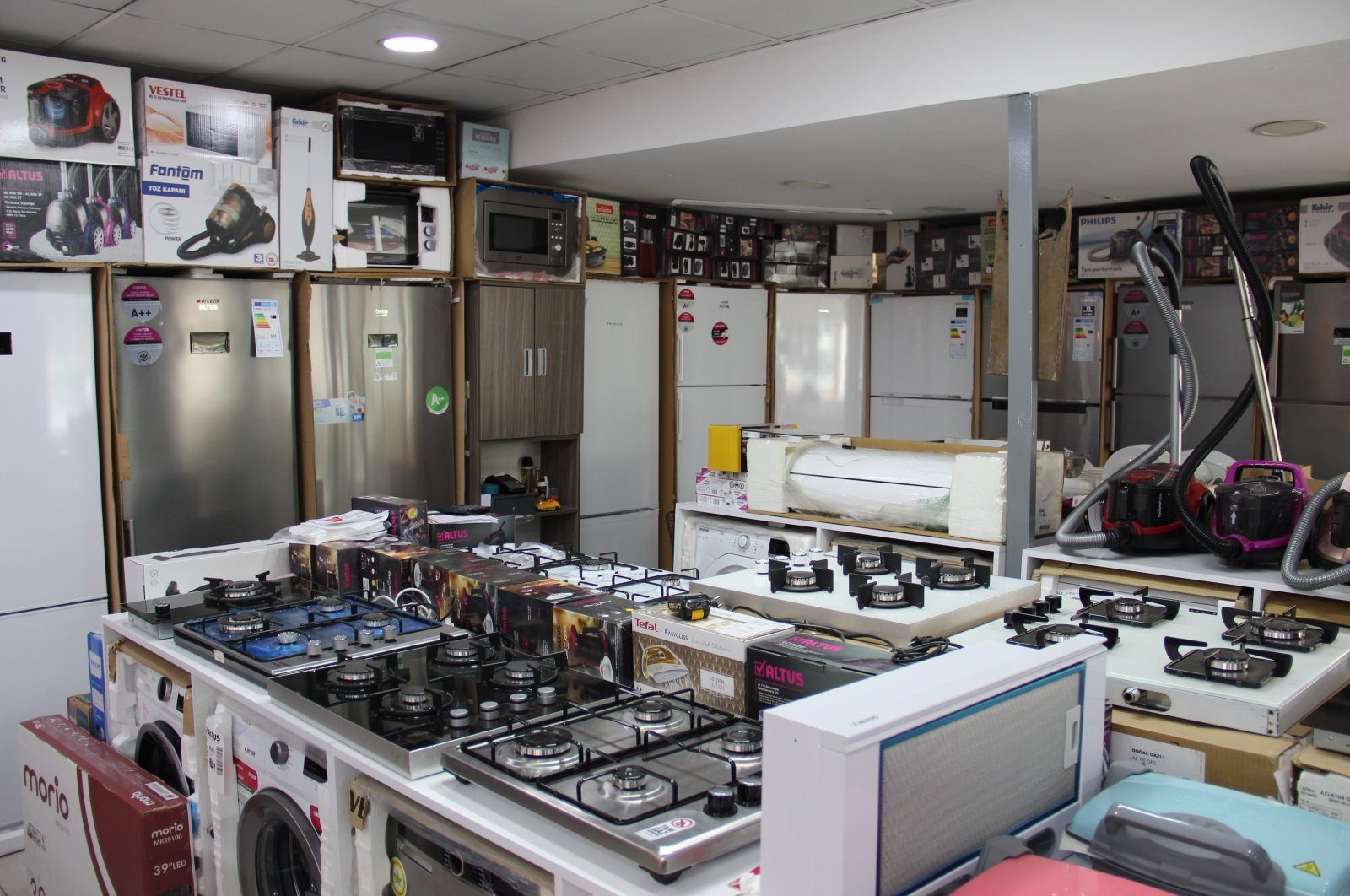 Home appliances are seen in a store during the coronavirus outbreak in Istanbul, Turkey, July 7, 2020. (IHA Photo)