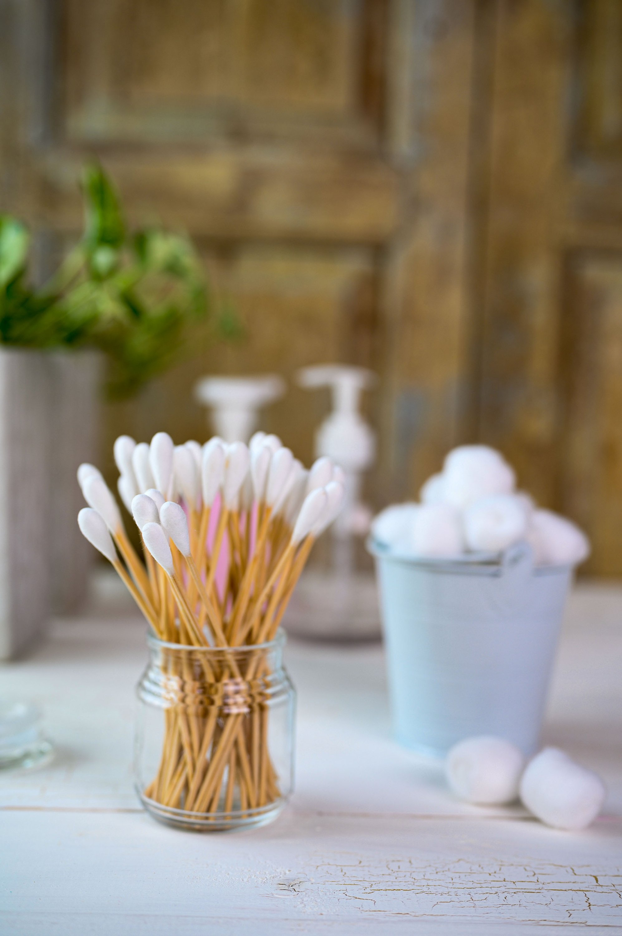 If you still use cotton swabs,  try to get recyclable ones. (Shutterstock Photo)