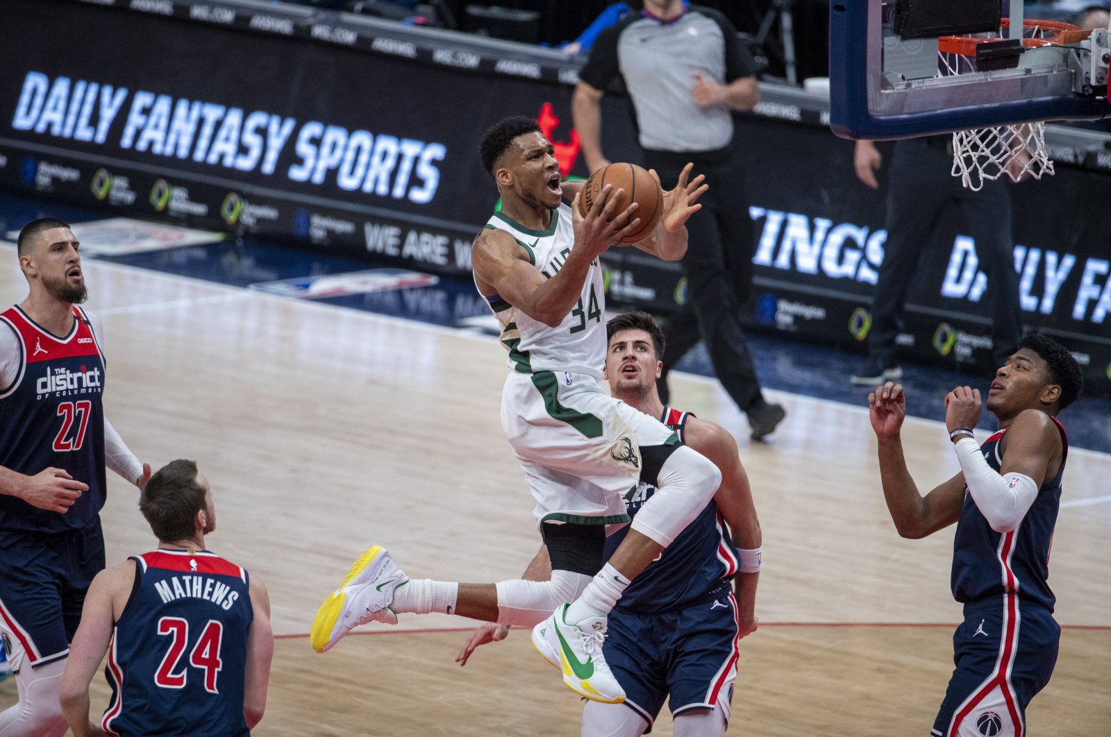 Milwaukee Bucks forward Giannis Antetokounmpo goes to the basket against the Washington Wizards during an NBA game at Capital One Arena, Washington, D.C., March 13, 2021. (EPA Photo)