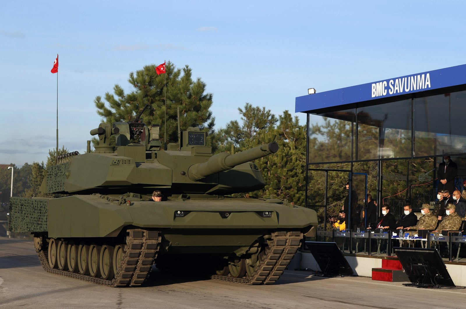 A Leopard 2A4 platform with the turret developed for Turkish Altay main battle tank mounted on top is being showcased at the Sakarya facility of leading land vehicle manufacturer BMC, in Sakarya, northwestern Turkey, Jan. 25, 2021. (DHA Photo)