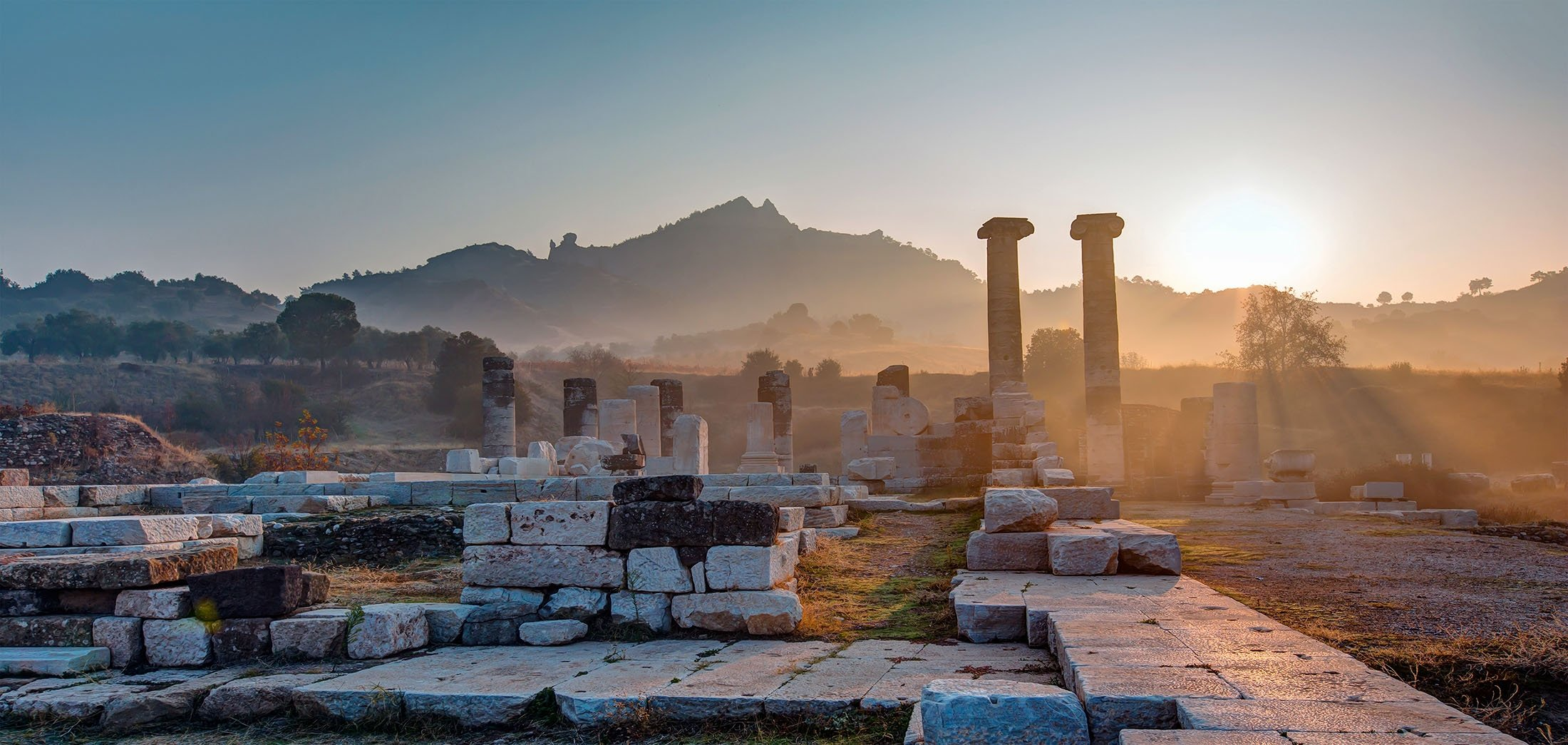 The Temple of Artemis in the ancient city of Sardis, Manisa. (Shutterstock Photo)