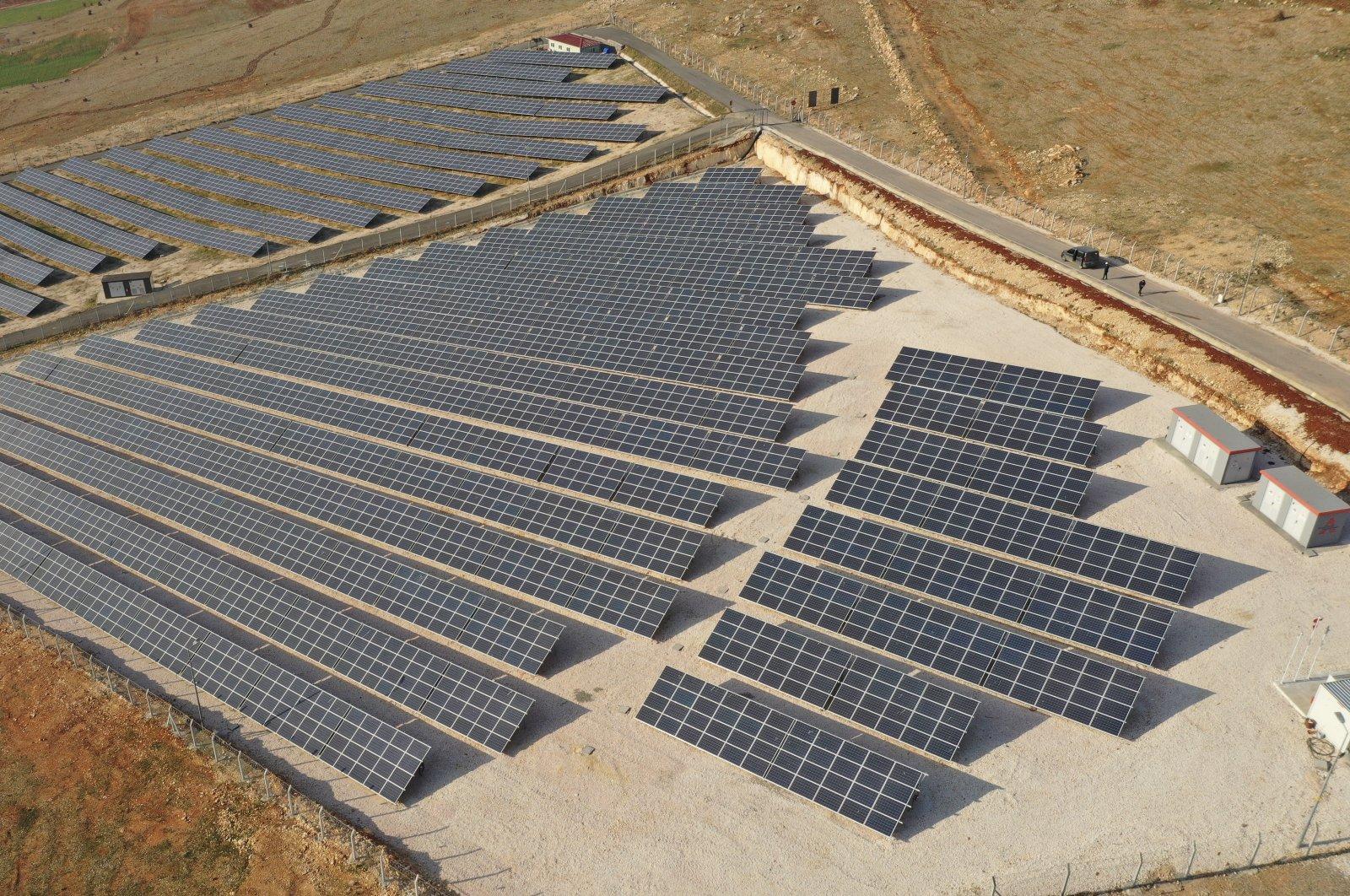 Solar panels inGaziantep province,southeastern Turkey, March 15, 2021. (AA Photo)