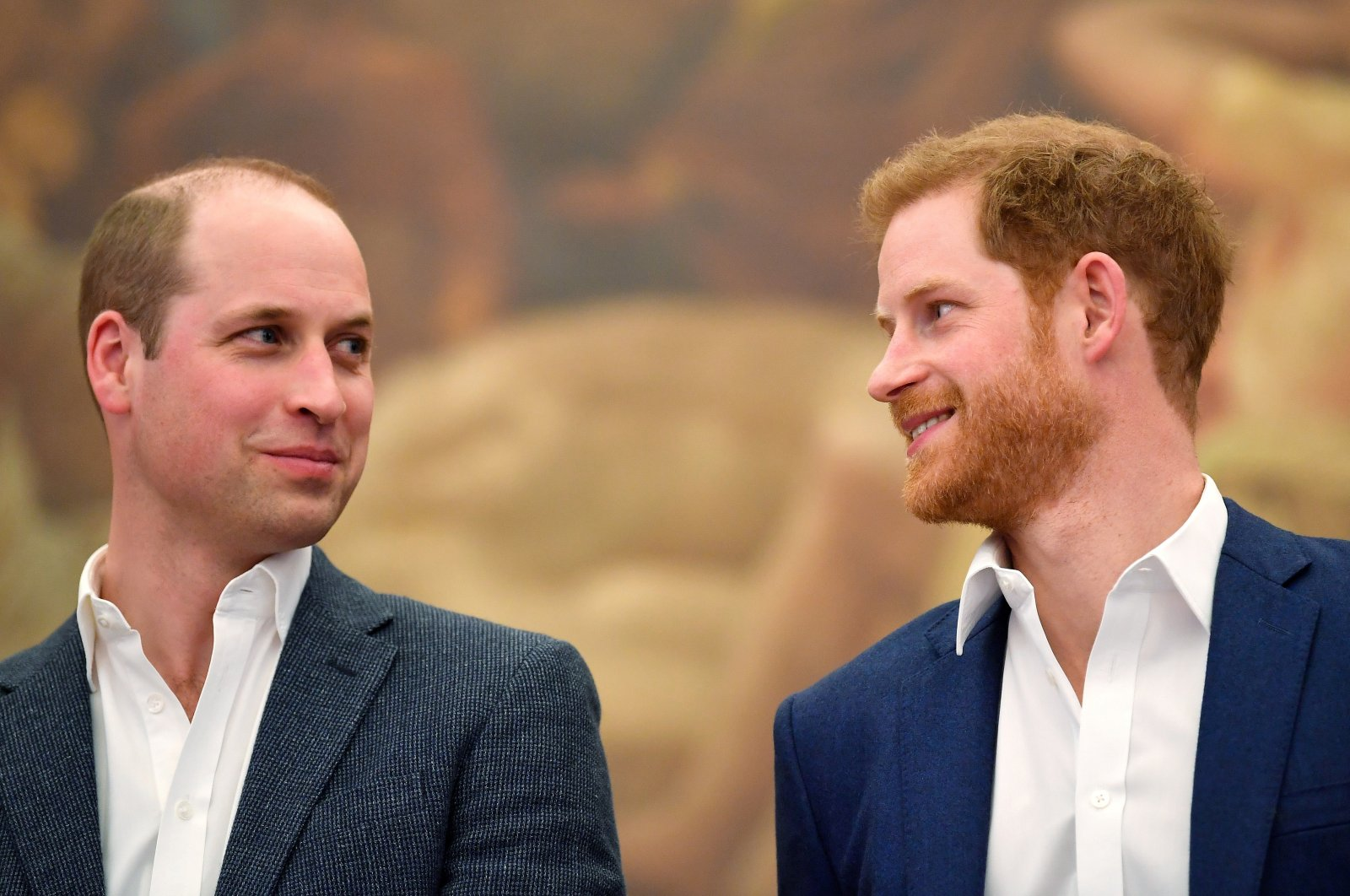 Britain's Prince William (L) and Prince Harry attend the opening of the Greenhouse Sports Centre in central London, U.K., April 26, 2018. (Reuters Photo)