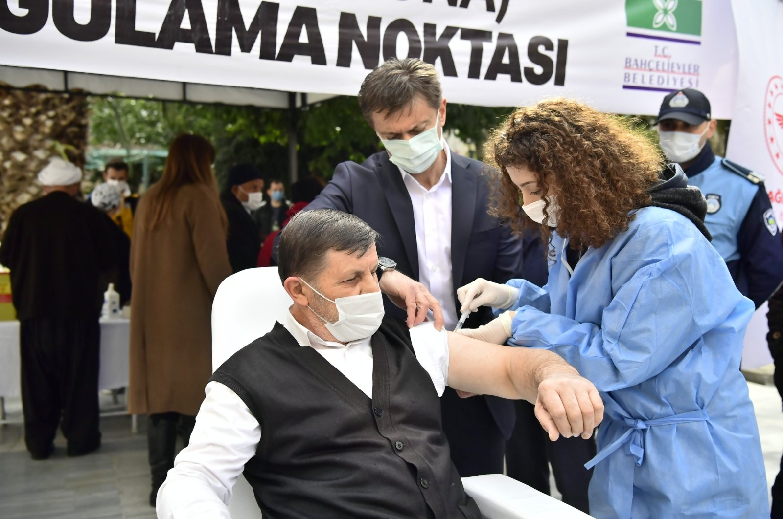 A man gets vaccinated at a vaccination site in Bahçelievler district, in Istanbul, Turkey, Mar. 13, 2021. (İHA PHOTO)