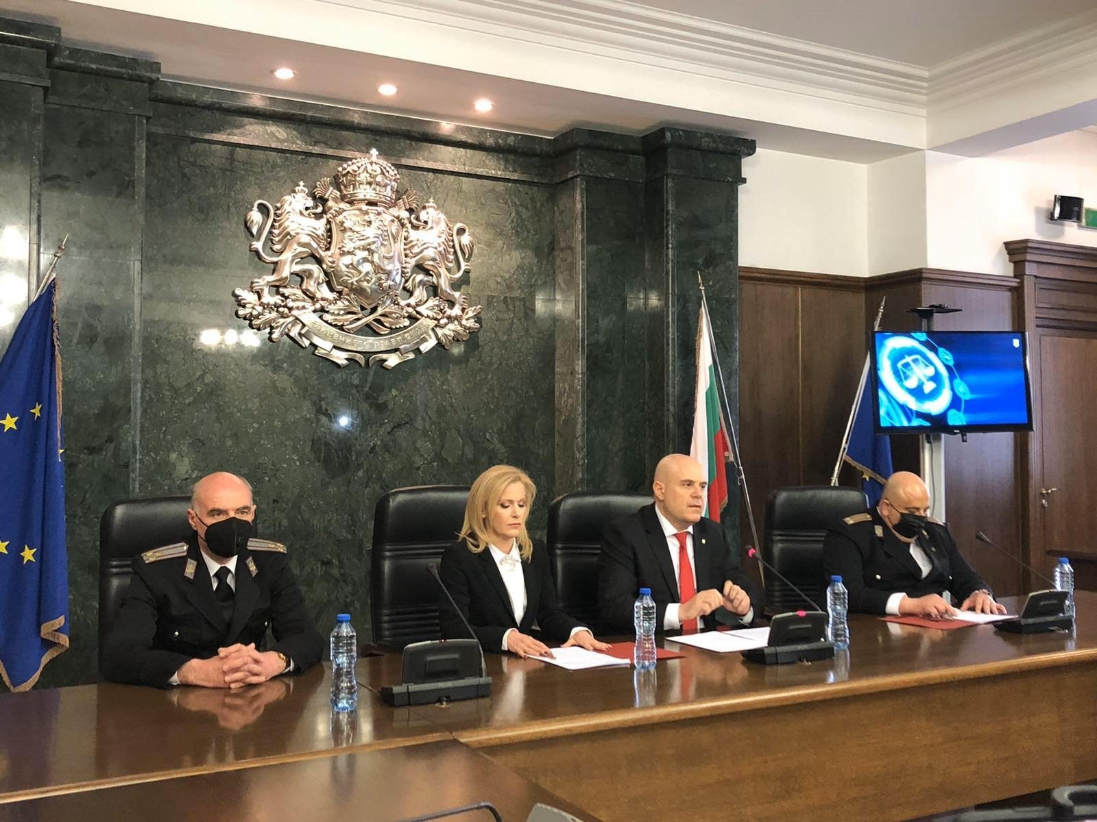 Bulgaria's Prosecutor GeneralIvan Geshev (CenterRight)attends a press conference along withspokeswoman, Siika Mileva (Center Left),as six people are arrested withsuspicion of being Russian spies, Sofia, Bulgaria, March 18, 2021. (AA Photo)