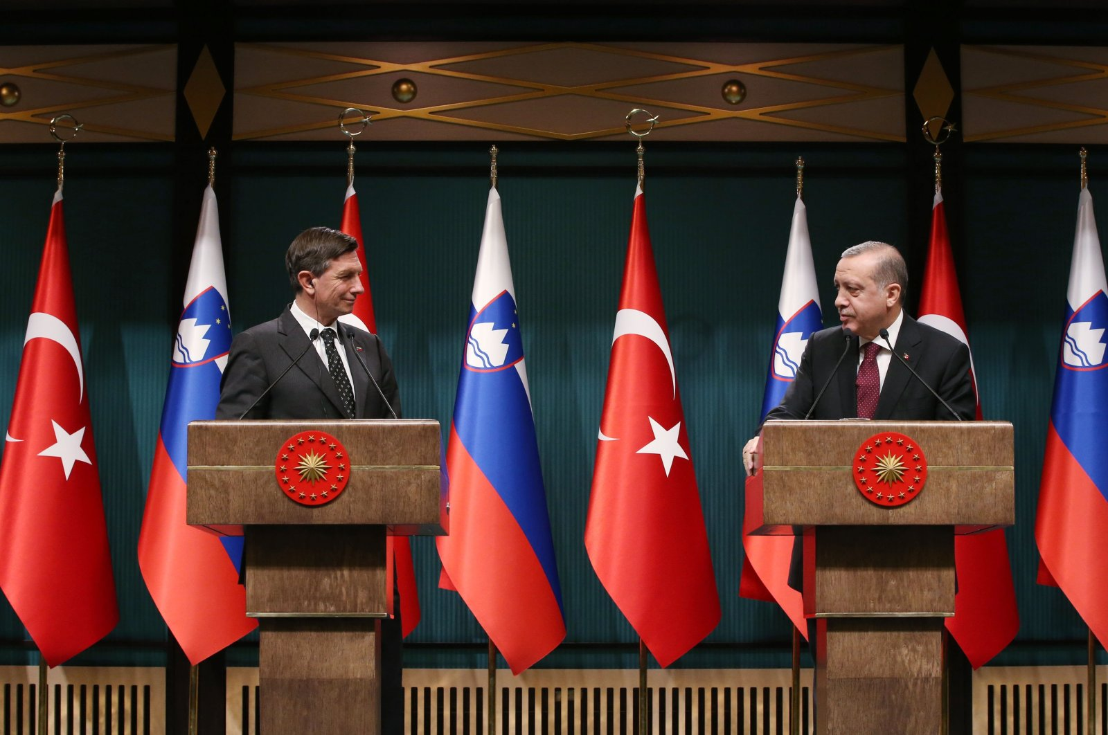President Recep Tayyip Erdoğan and Slovenian President Borut Pahor speak at a news conference, Ankara, Dec. 15, 2016. (Sabah File Photo)