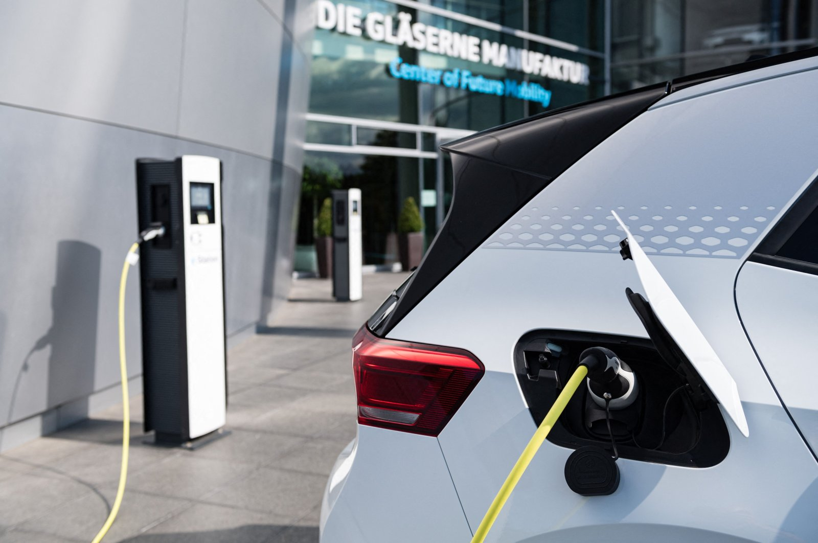 A Volkswagen ID.3 electric car being charged in Dresden, Germany, Sept. 11, 2020. (AFP Photo)