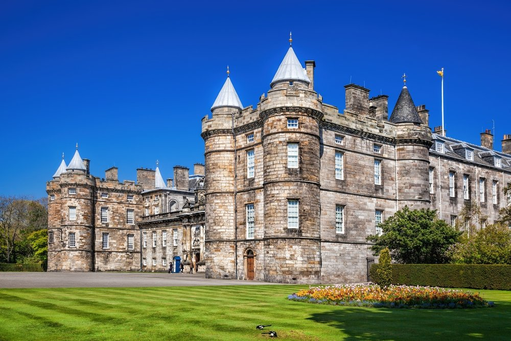 Palace of Holyroodhouse at the bottom of the Royal Mile in Edinburgh, Scotland, UK. July 8, 2018. (Shutterstock Photo)