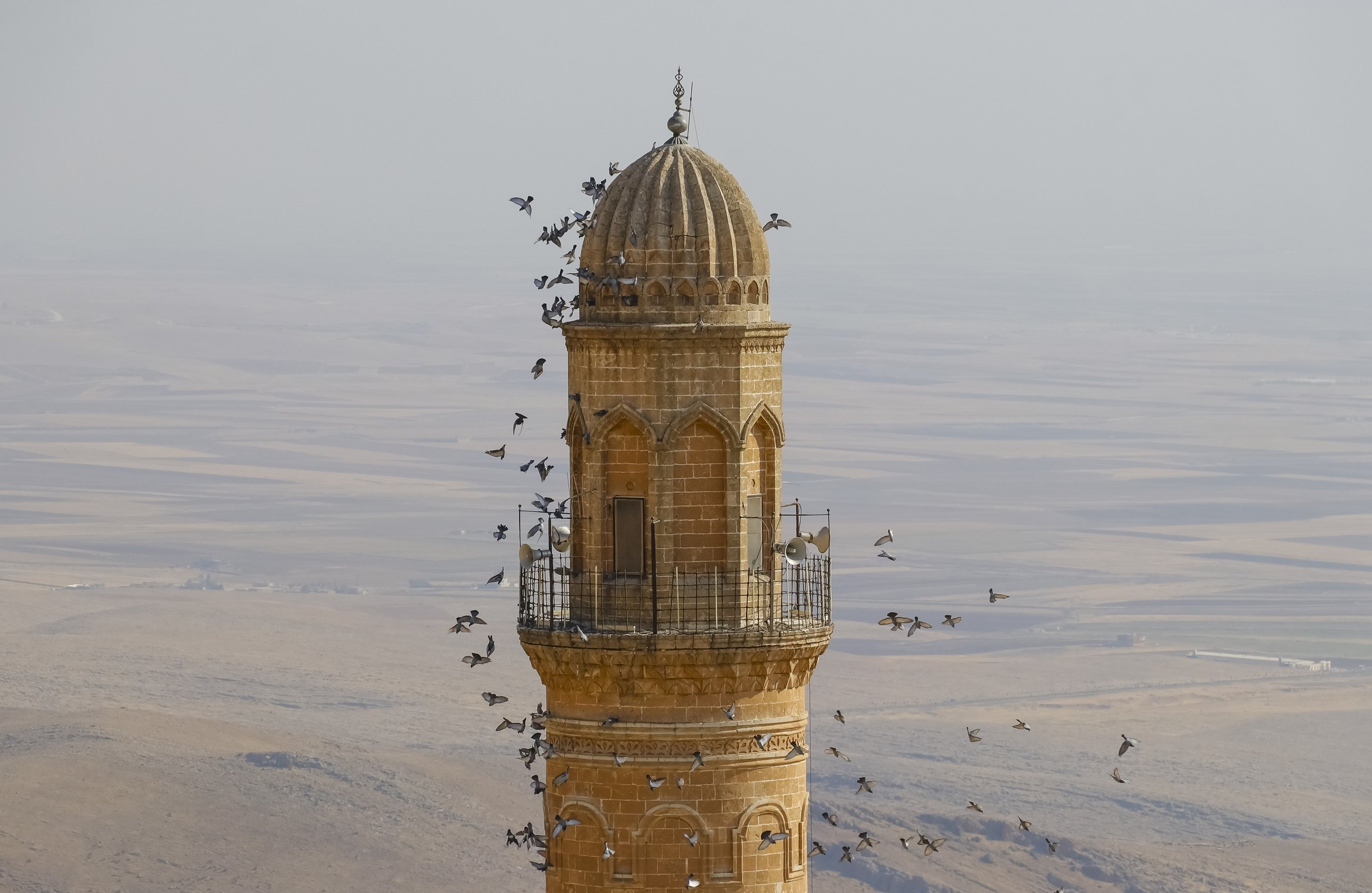 This picture dated March 25, 2021 shows Mardin's 12th century Grand Mosque (Ulu Cami) overlooking the Mesopotamian plains, in southeastern Turkey. (DHA Photo)