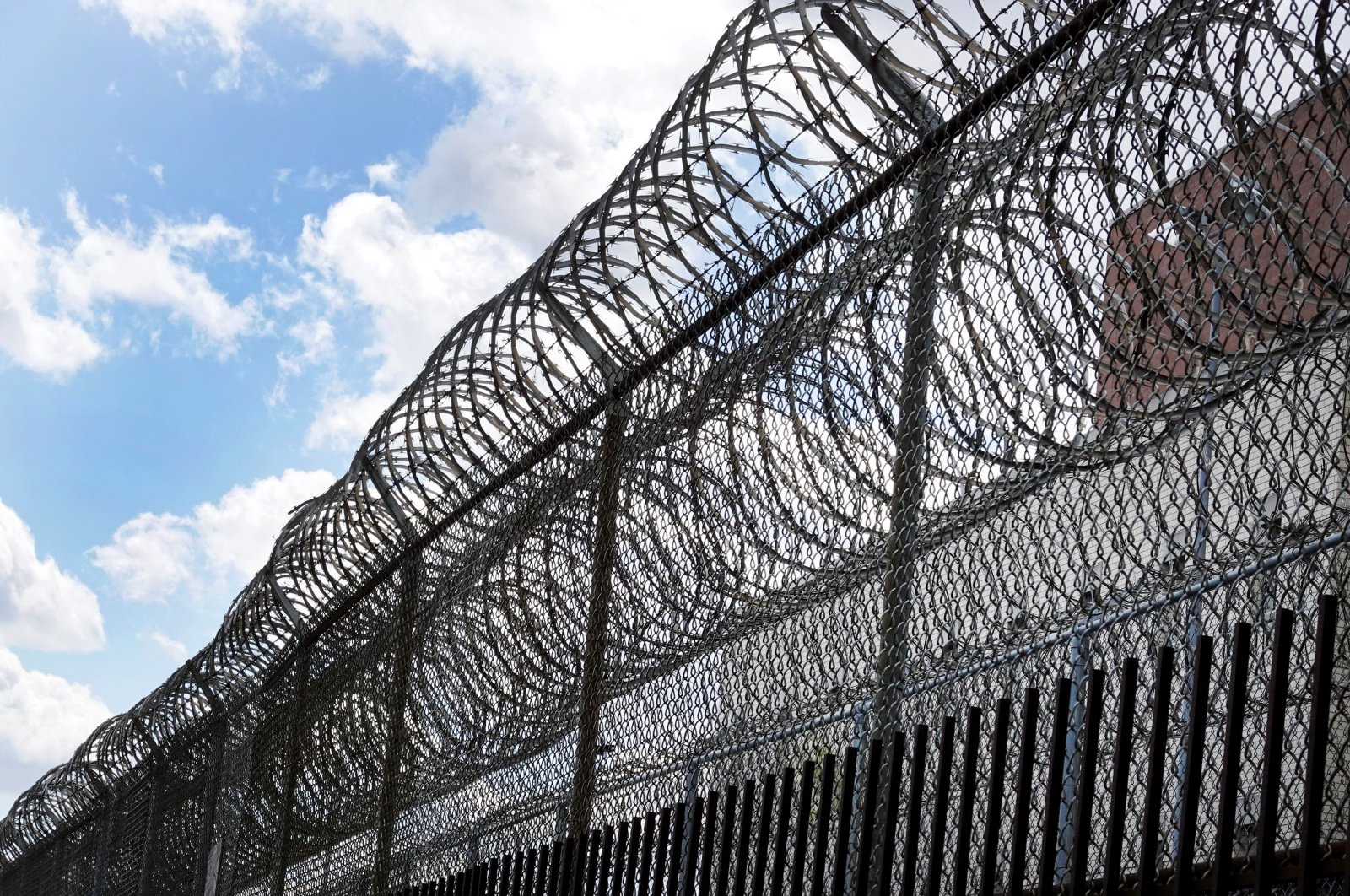 A fence surrounds the Cook County Jail, Chicago, Illinois, U.S., April 9, 2020. (Photo by Getty Images)