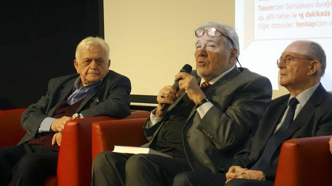 Mehmet Genç (L) is seen at a conference with historian Ilber Ortaylı (C) in this undated file photo. (AA Photo)