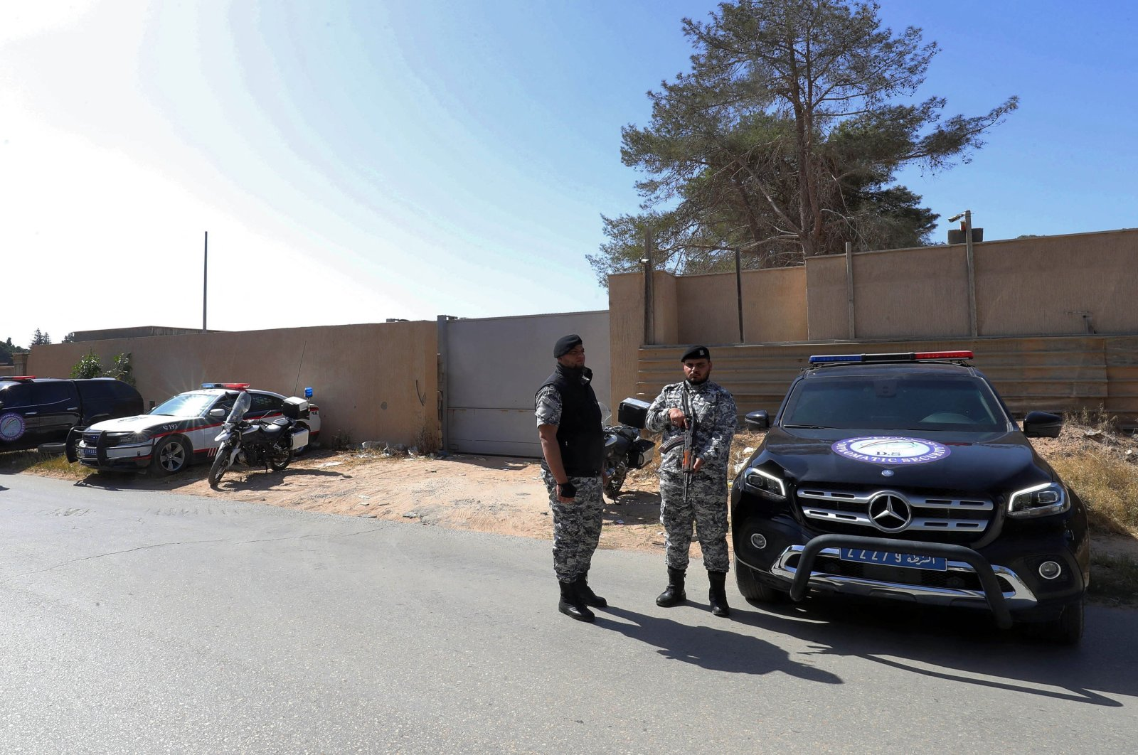 Libyan security forces secure the surroundings of the new French diplomatic mission that was reopened after a seven-year closure, Tripoli, Libya, March 29, 2021. (AFP Photo)
