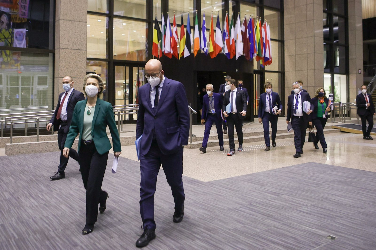European Commission President Ursula von der Leyen (L) and European Council President Charles Michel (R) arrive to deliver a joint press conference at the end of the first day of an EU virtual summit, Brussels, Belgium, March 25, 2021. (EPA Photo)