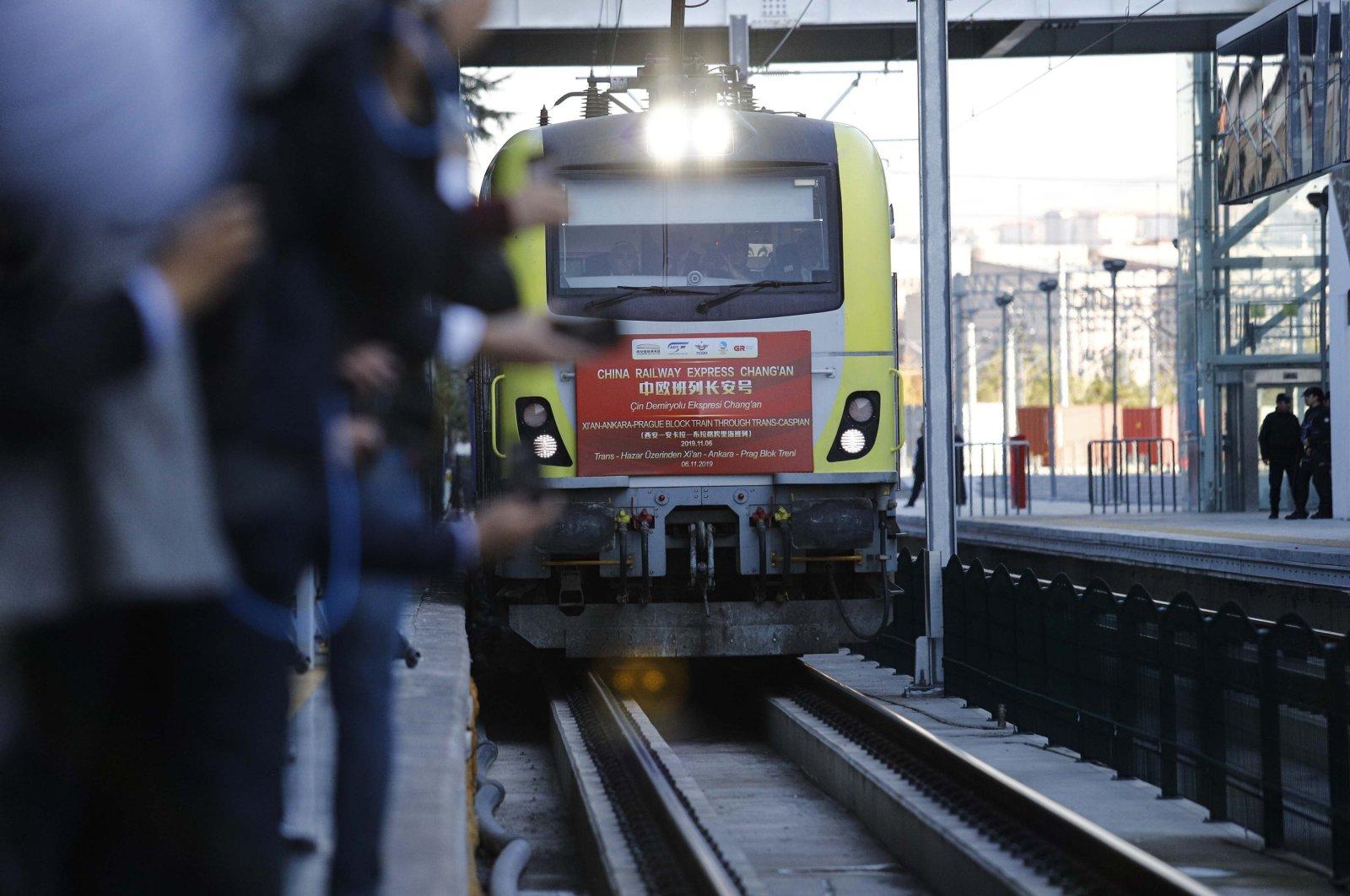 A China Express Railway freight train sets off to its final destination of Prague, Ankara, Turkey, Nov. 6, 2019. (DHA Photo)