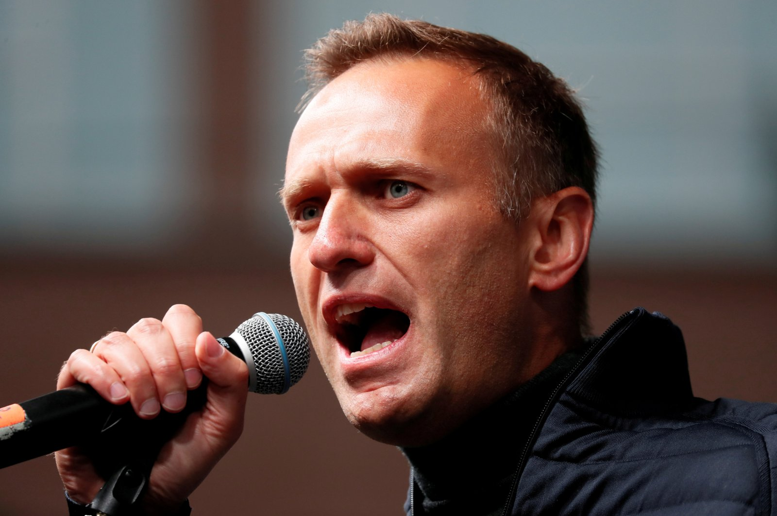 Russian opposition leader Alexei Navalny delivers a speech during a rally to demand the release of jailed protesters, in Moscow, Russia, Sept. 29, 2019. (Reuters Photo)