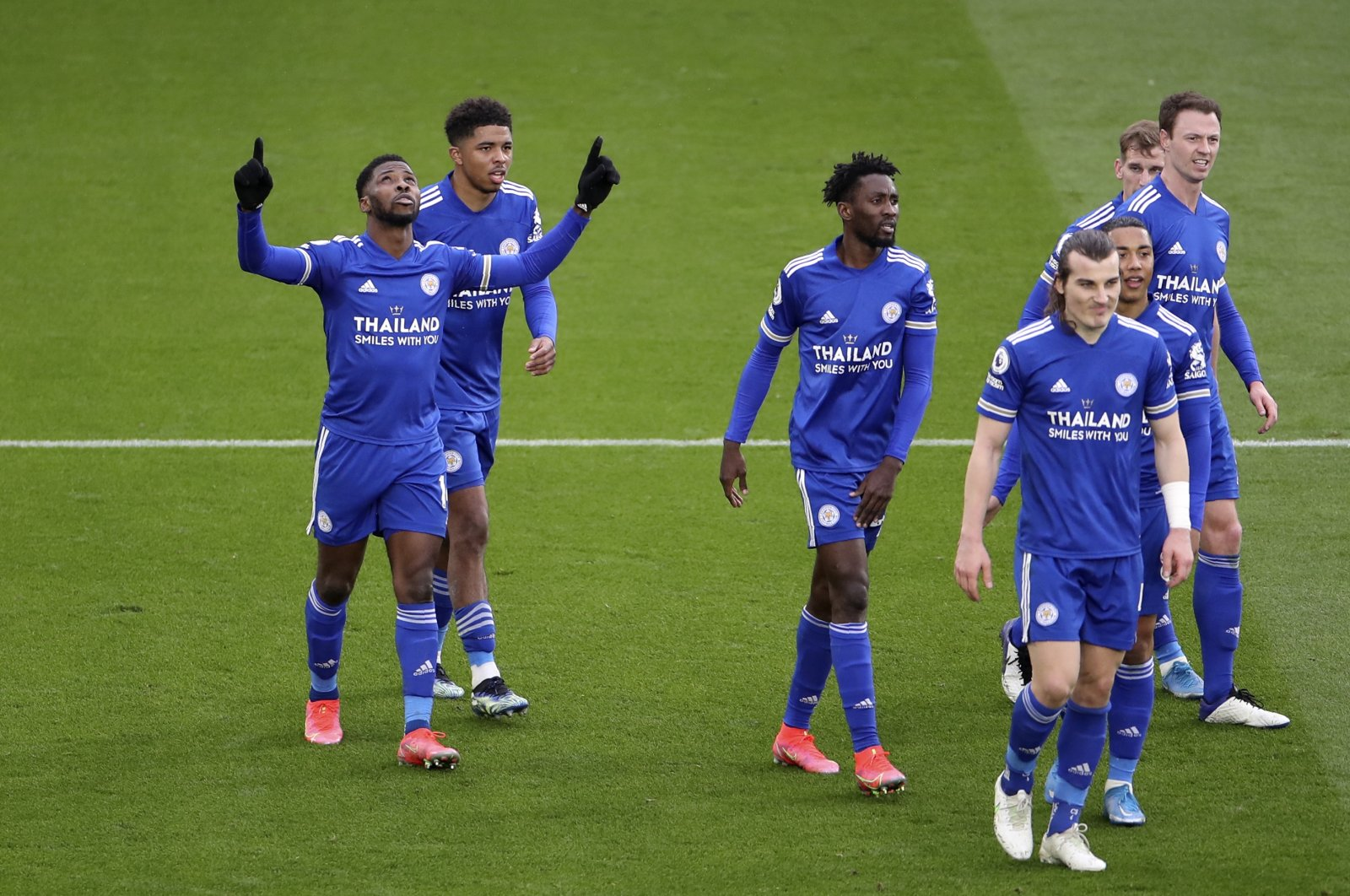 Leicester City's Kelechi Iheanacho (L) celebrates with teammates after scoring a goal against Sheffield United at the King Power Stadium, Leicester, Britain, March 14, 2021.