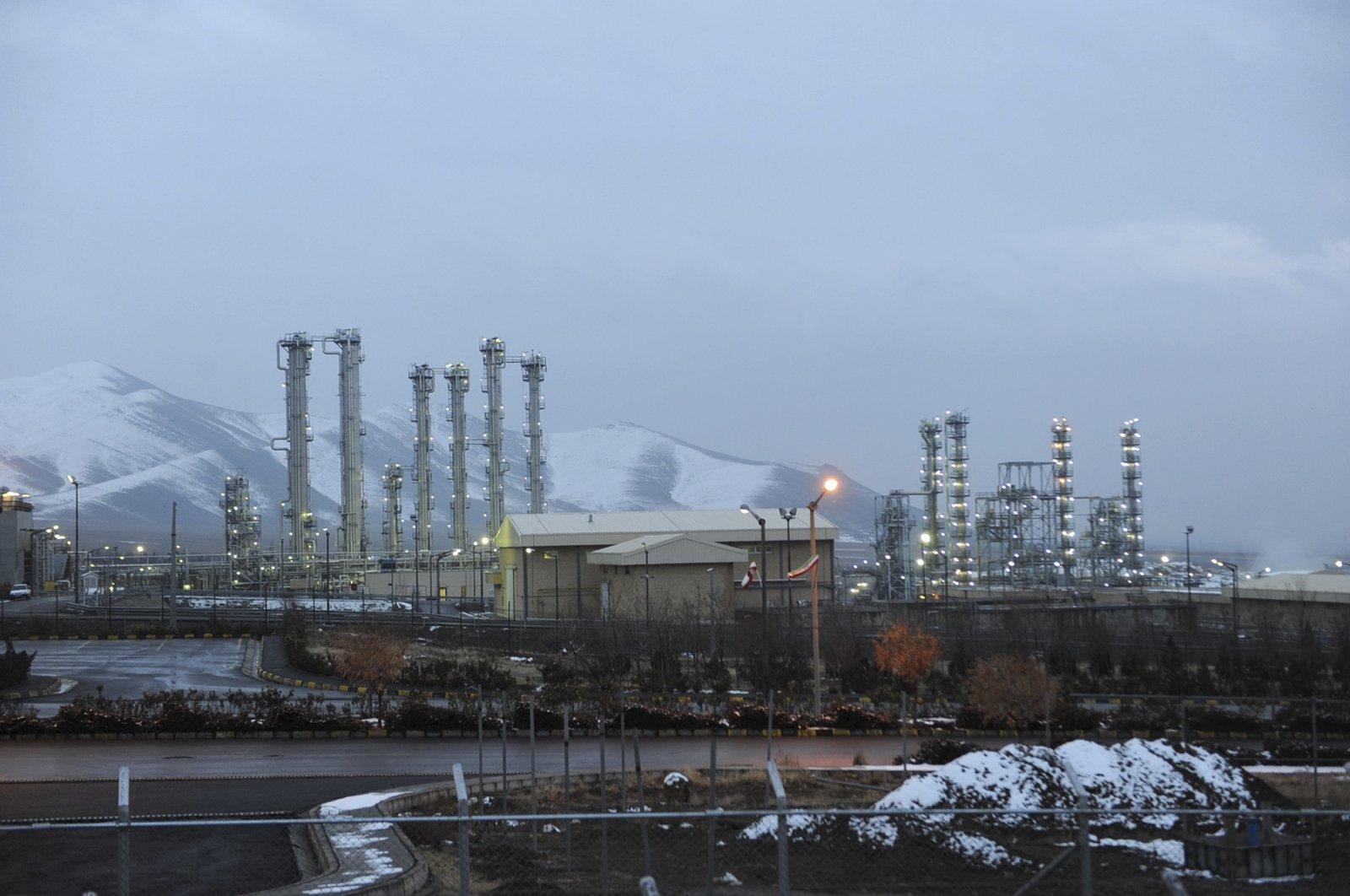 The Arak heavy-water nuclear facilities, near the central city of Arak, 250 kilometers (150 miles) southwest of the capital Tehran, Iran, Jan. 15, 2011. (AP Photo)