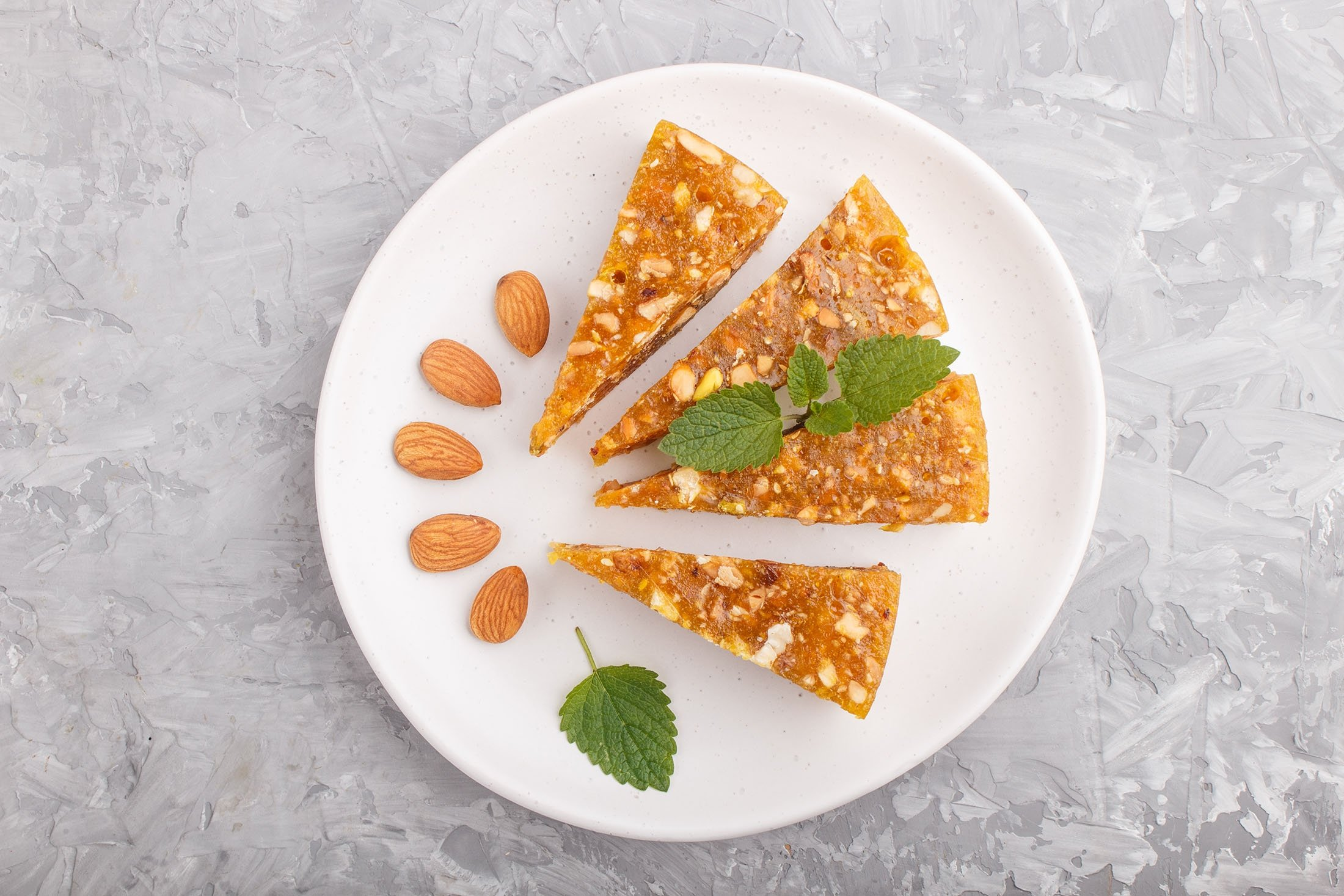Cezerye is made from caramelized carrots, shredded coconut and roasted nuts. (Shutterstock Photo)
