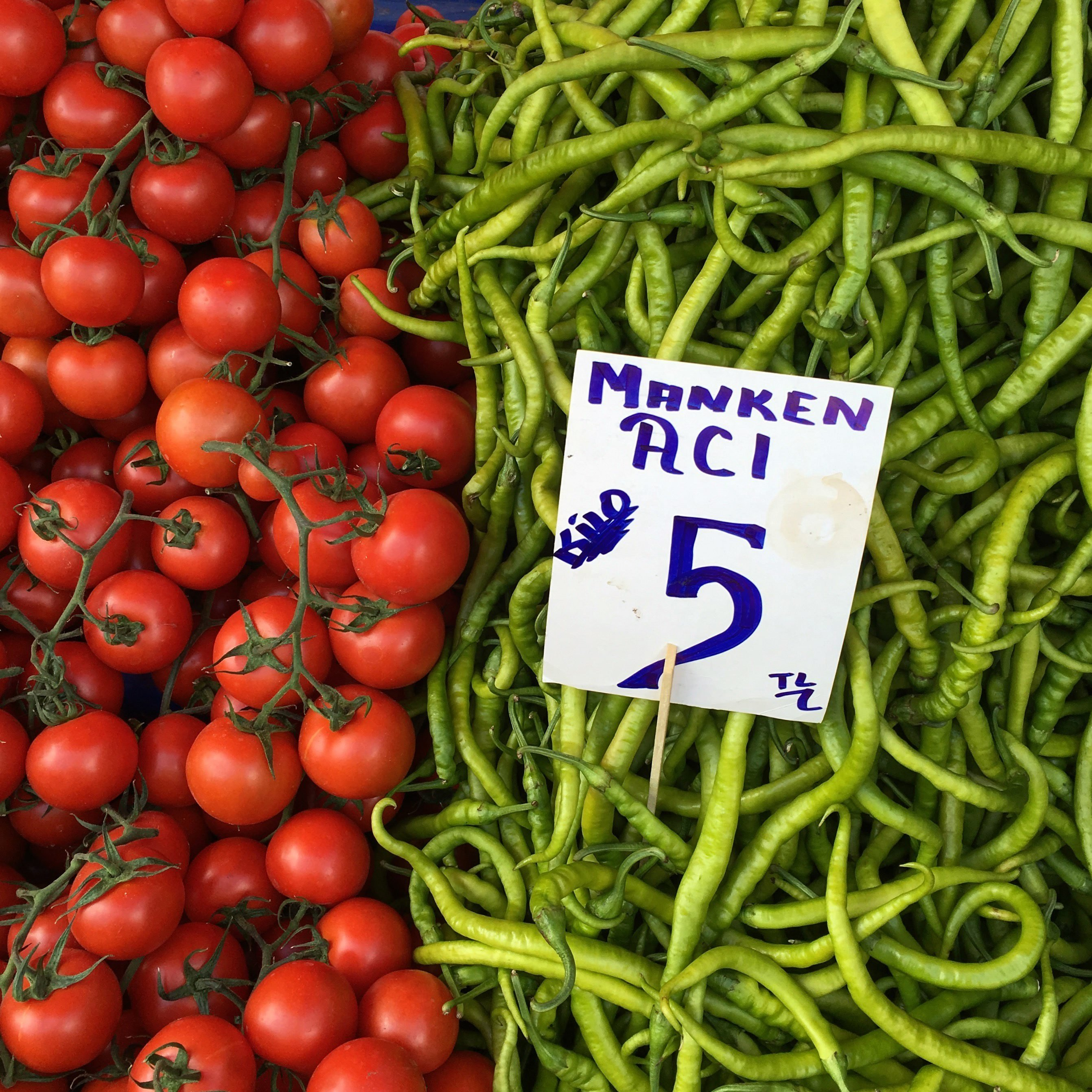 Turkish vendors are known to employ creative tactics to lure more customers in, such as naming this pepper (model spicy) after famous model Çağla Şikel. (Archive Photo)