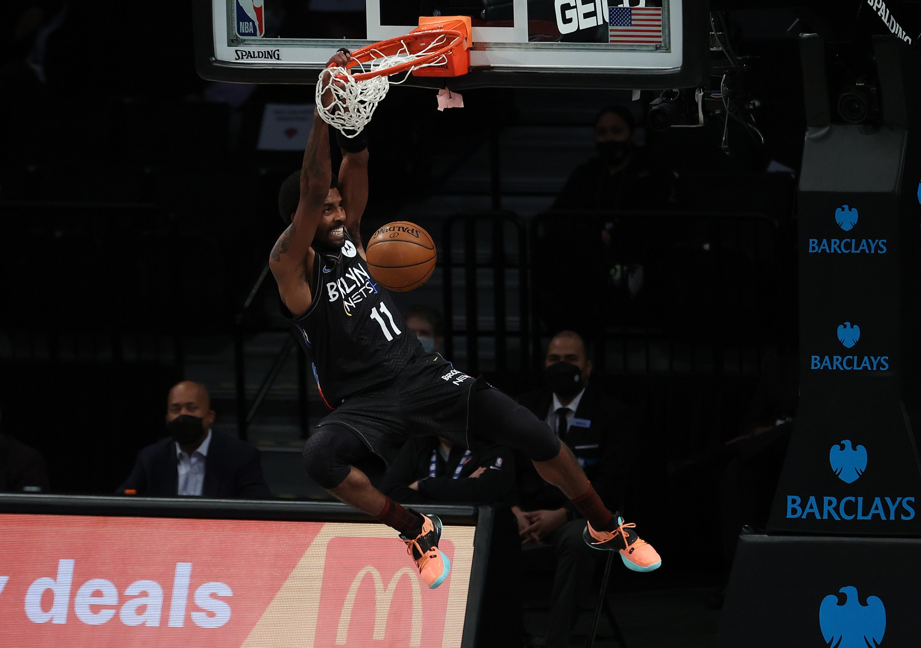 Brooklyn Nets' Kyrie Irving dunks against the New York Knicks during an NBA game at Barclays Center, New York City, U.S., April 05, 2021. (Getty Images/AFP Photo)
