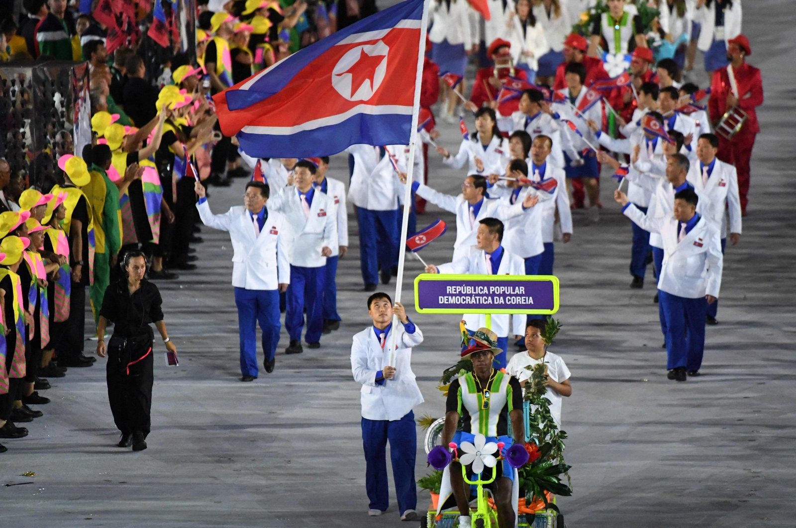 North Korea's delegation during the opening ceremony of the Rio 2016 Olympic Games at the Maracana stadium in Rio de Janeiro, Aug. 5, 2016. (AFP Photo)