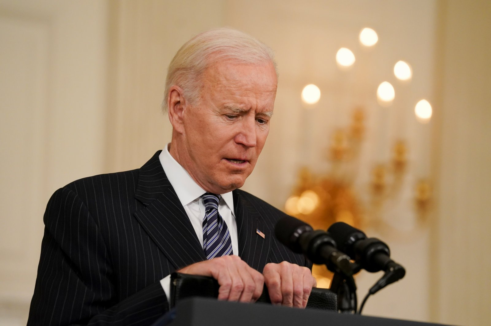U.S. President Joe Biden delivers remarks on the state of the coronavirus disease (COVID-19) vaccinations from the State Dining Room at the White House in Washington, D.C., U.S., April 6, 2021. (Reuters Photo)