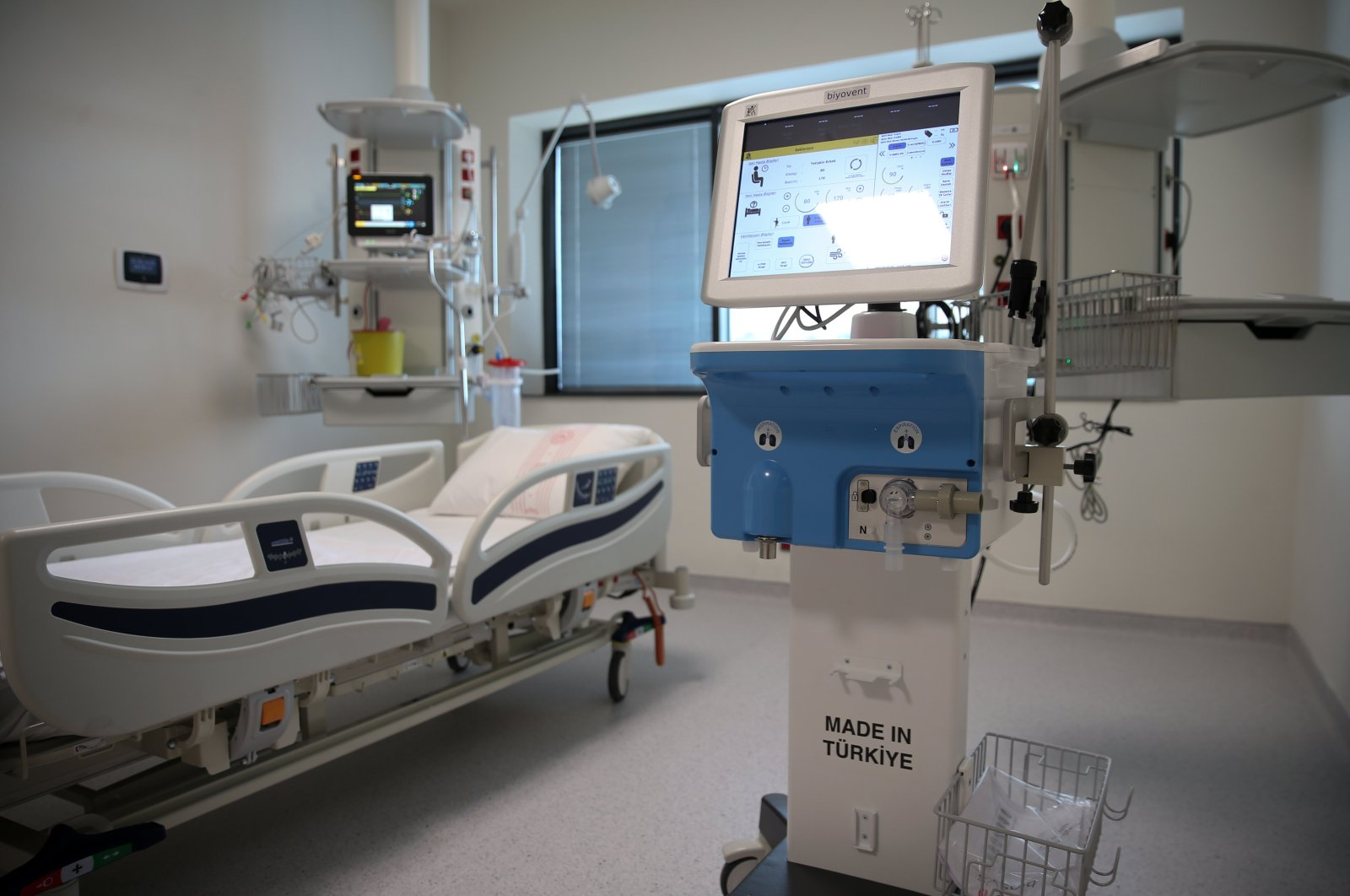 A patient room at the Başakşehir City Hospital, a newly opened massive 2,682-bed hospital in Istanbul, Turkey, May 27, 2020. (AA Photo)