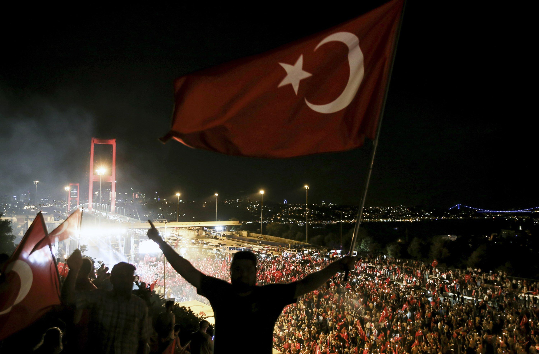 People rally against the coup attempt of the Gülenist Terror Group (FETÖ) toward the Bosphorus Bridge, Istanbul, Turkey, July 22, 2016. (AA File Photo)