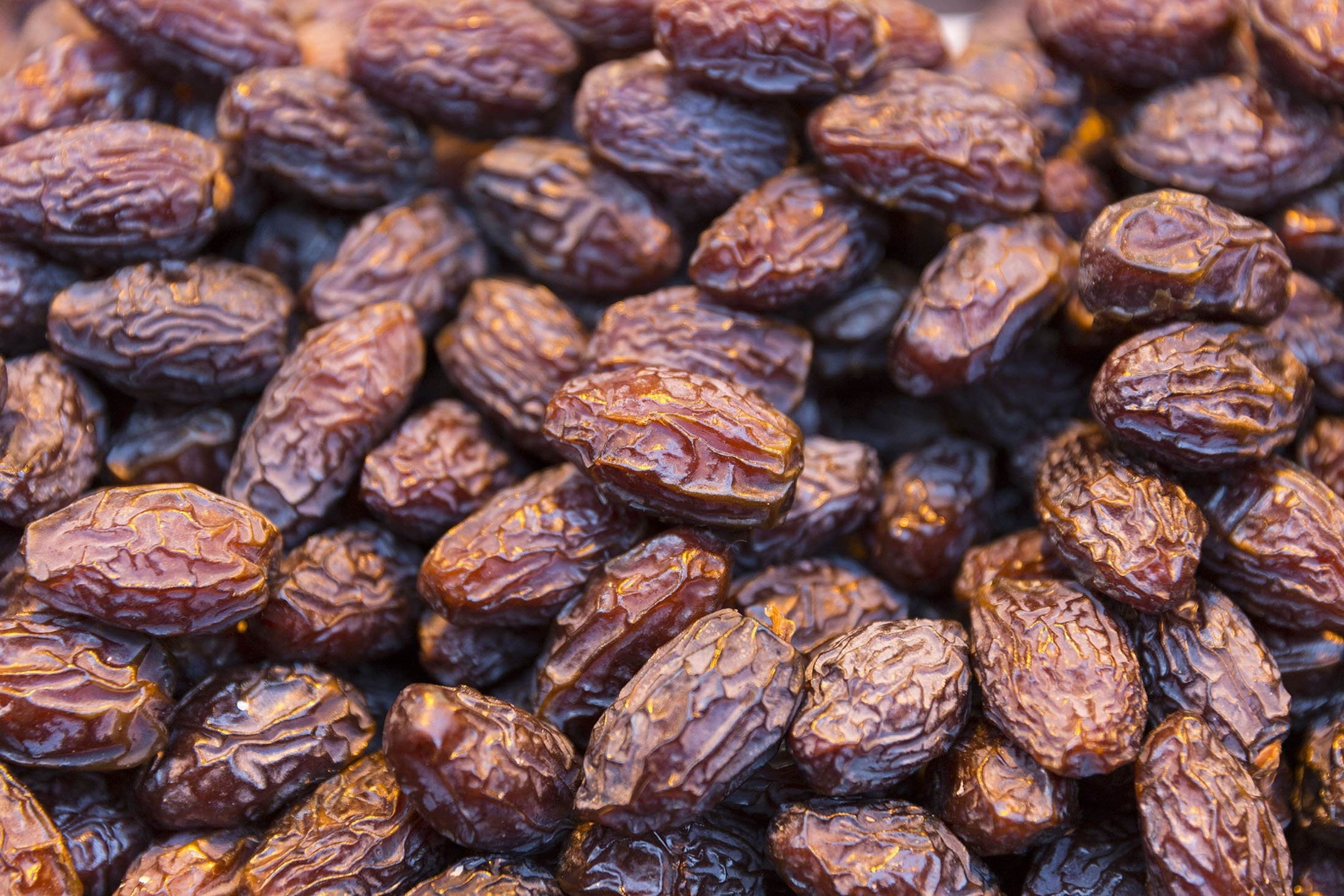 Dried medjool dates on display for sale at the Egyptian Bazaar for foods and spices in Istanbul, Turkey. (Getty Images)