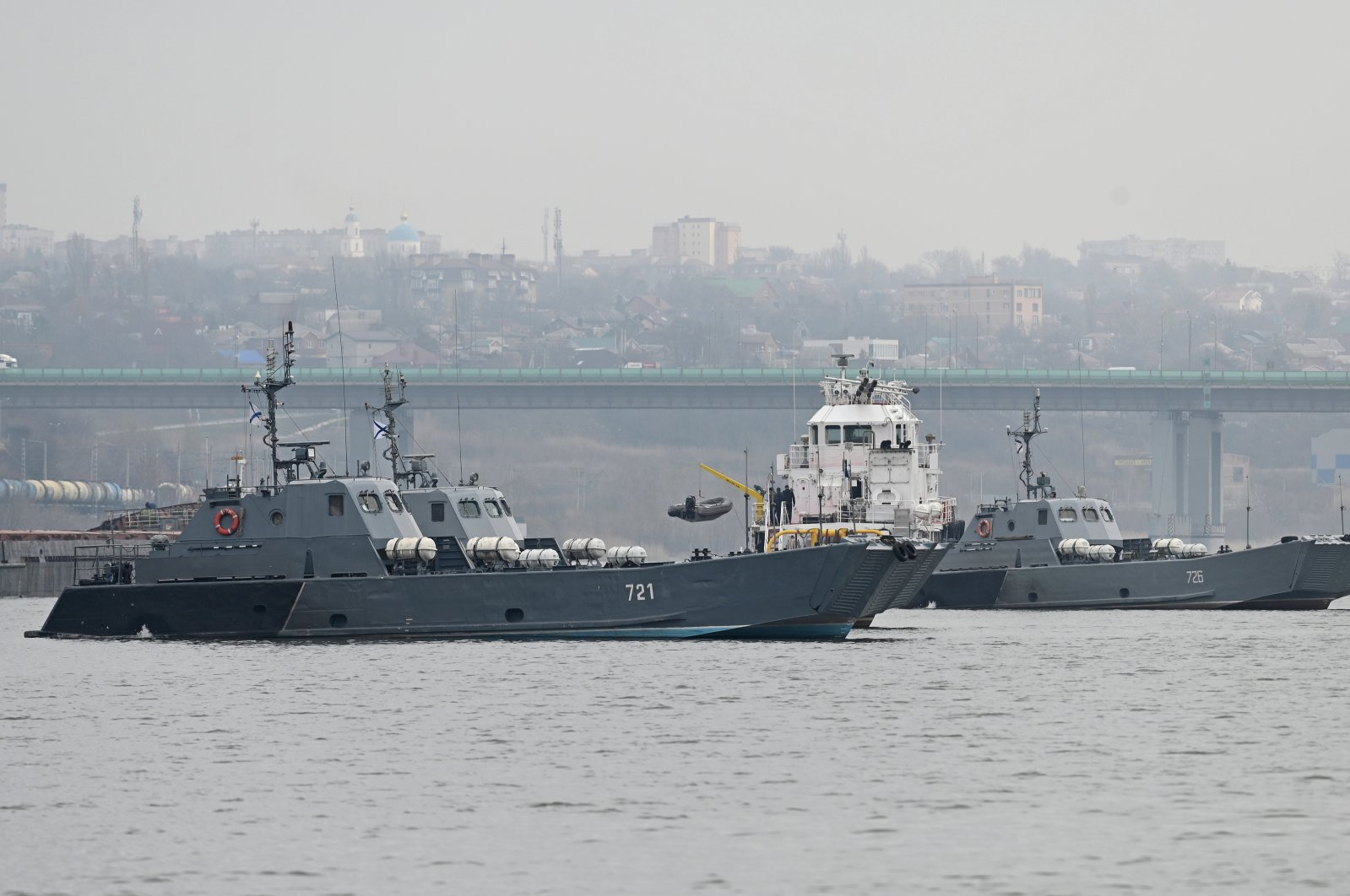 Landing crafts of the Russian Navy's Caspian Flotilla are pictured on the Don River during the inter-fleet move from the Caspian Sea to the Black Sea, on the outskirts of Rostov-on-Don, Russia, April 12, 2021. (Reuters Photo)
