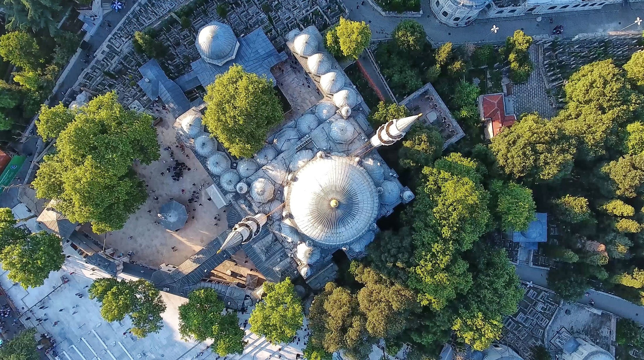 An aerial view of the Eyüp Sultan Mosque in Istanbul, Turkey. (Shutterstock Photo)