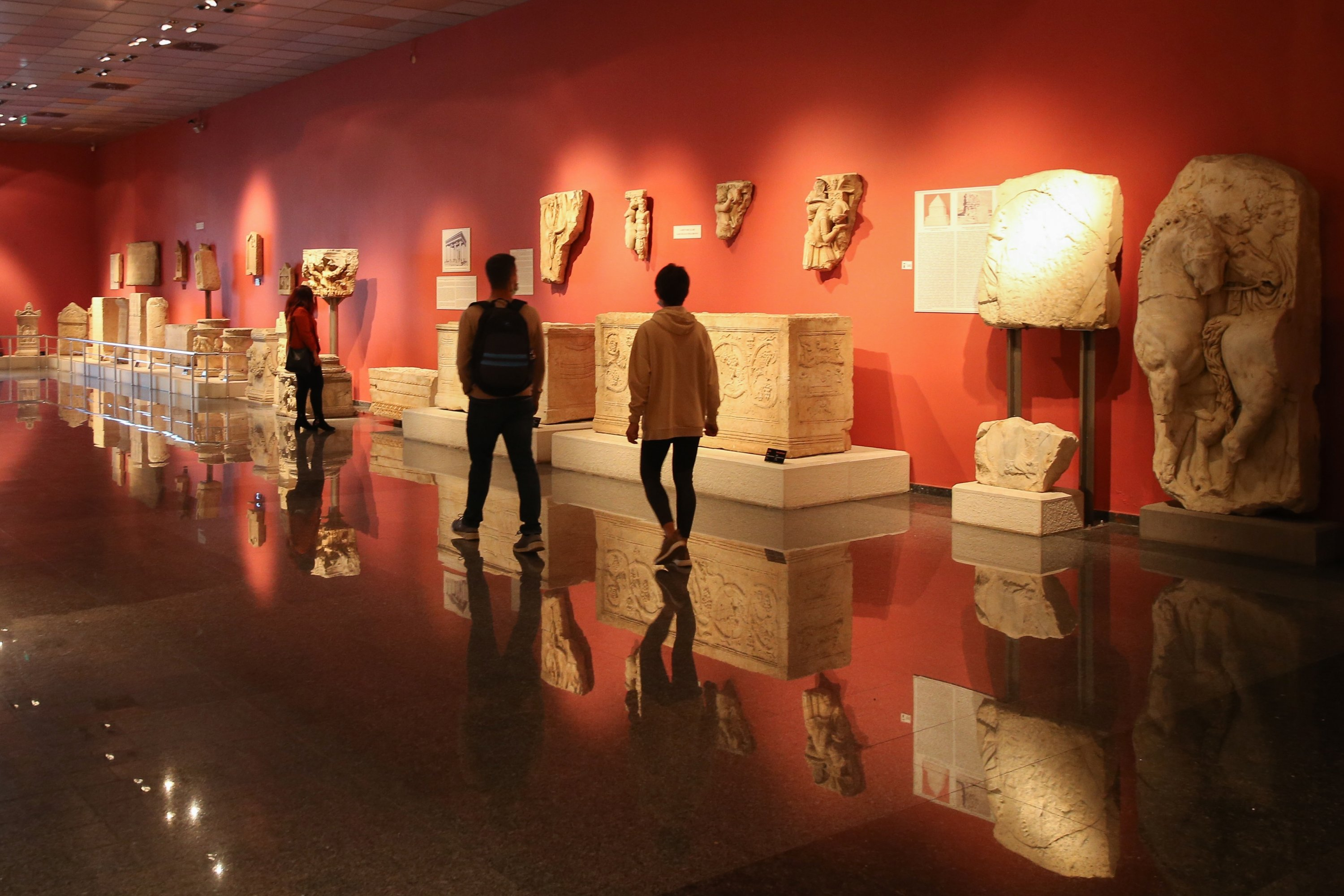 Visitors examine artifacts in the Antalya Museum, Antalya, southern Turkey, April 16, 2021. (AA Photo)
