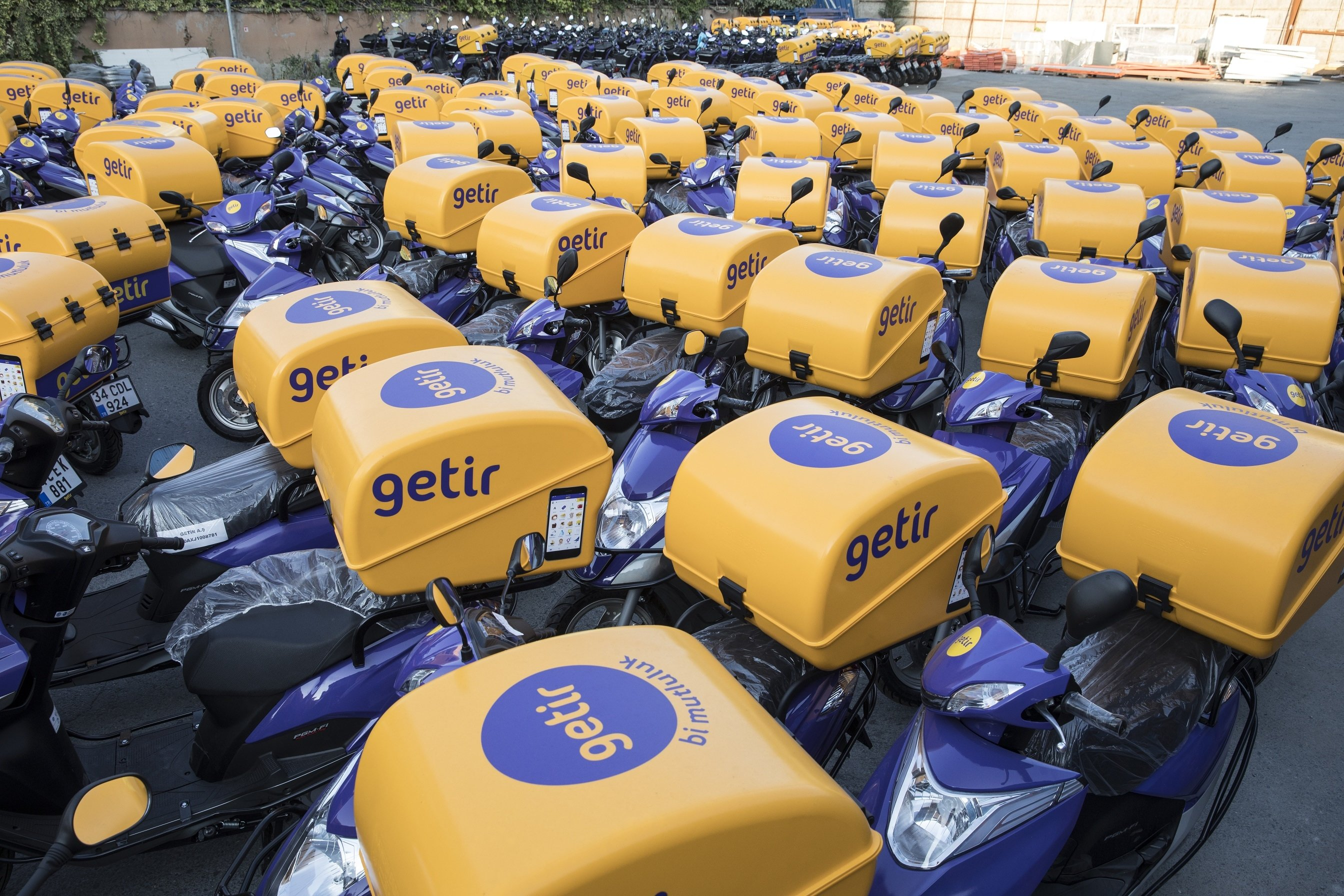 Brand new Getir scooters ready to be put into service in Istanbul, Turkey. (Courtesy of Getir)