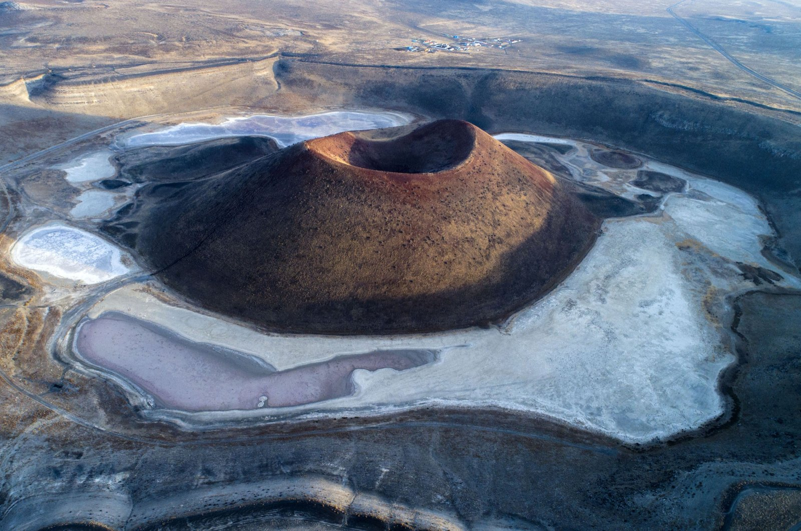 A view of dried-up Lake Meke, in Konya, central Turkey, April 16, 2021. (DHA PHOTO)