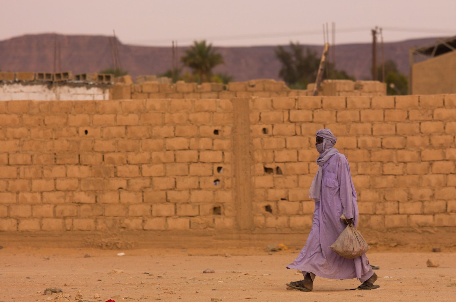 Tuareg man walking in the street, Tripolitania, Ghadames, Libya on Oct. 31, 2007. (Getty Images)